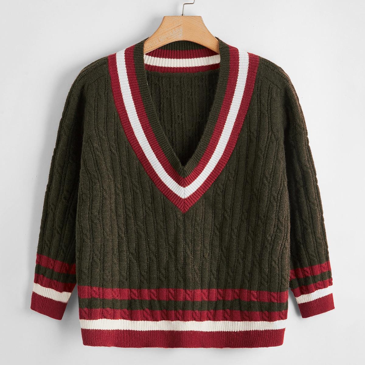 Трикотажный свитер размера плюс с полосками