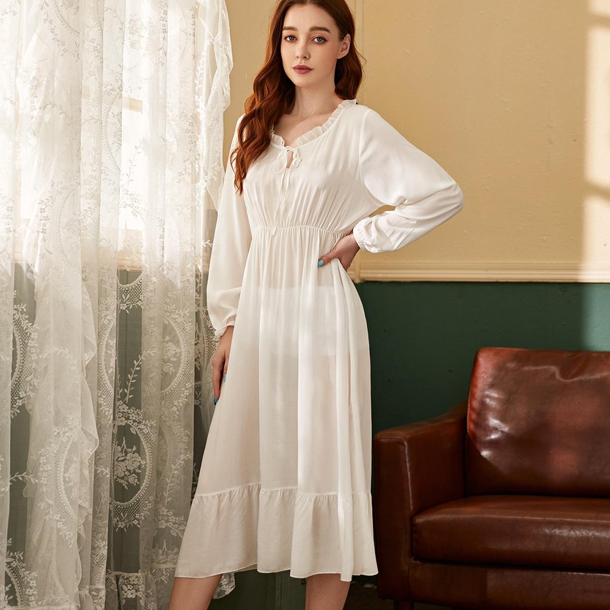 Ночное платье с оборками и завязками на воротнике