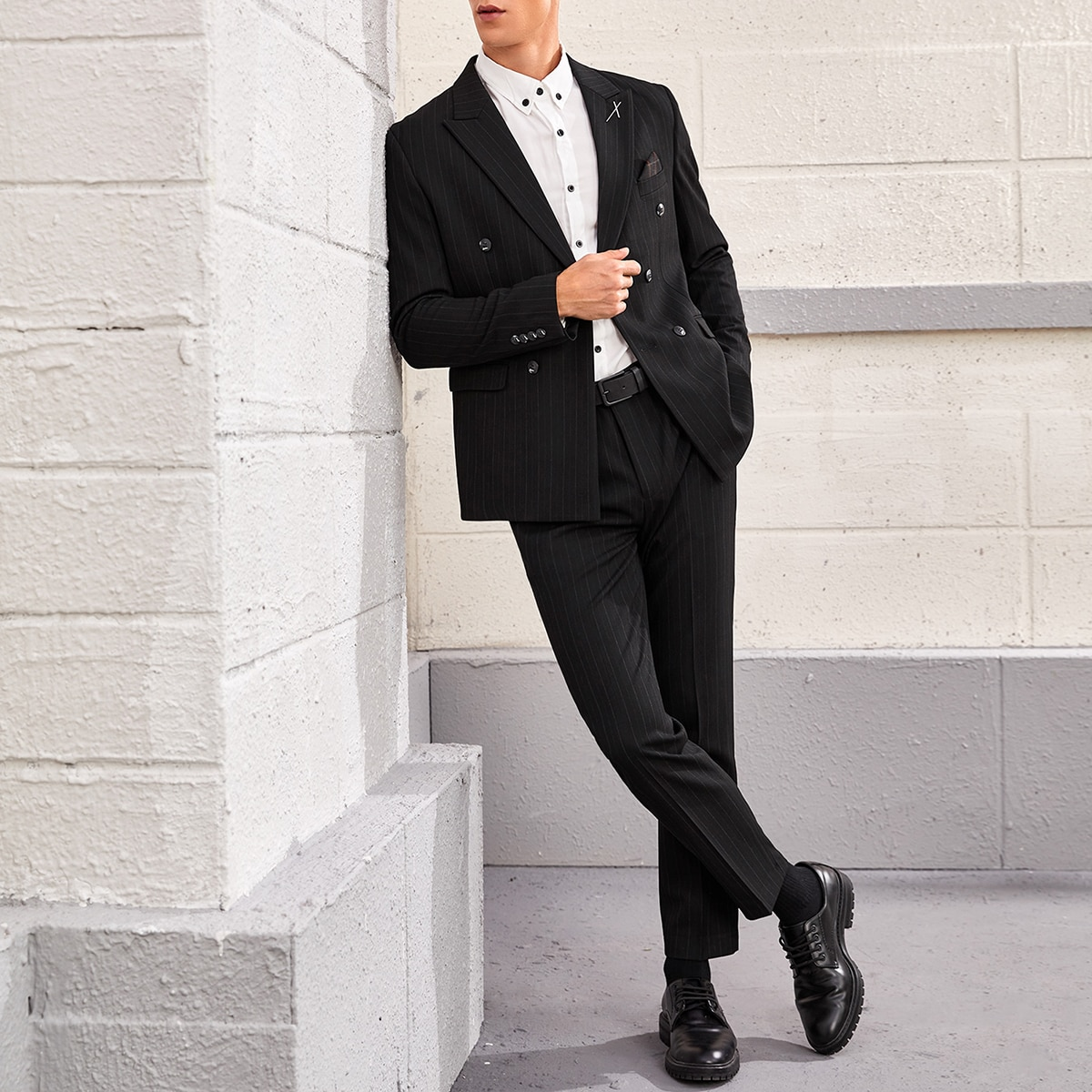 Men Double Breasted Ticket Pocket Blazer And Tailored Pants