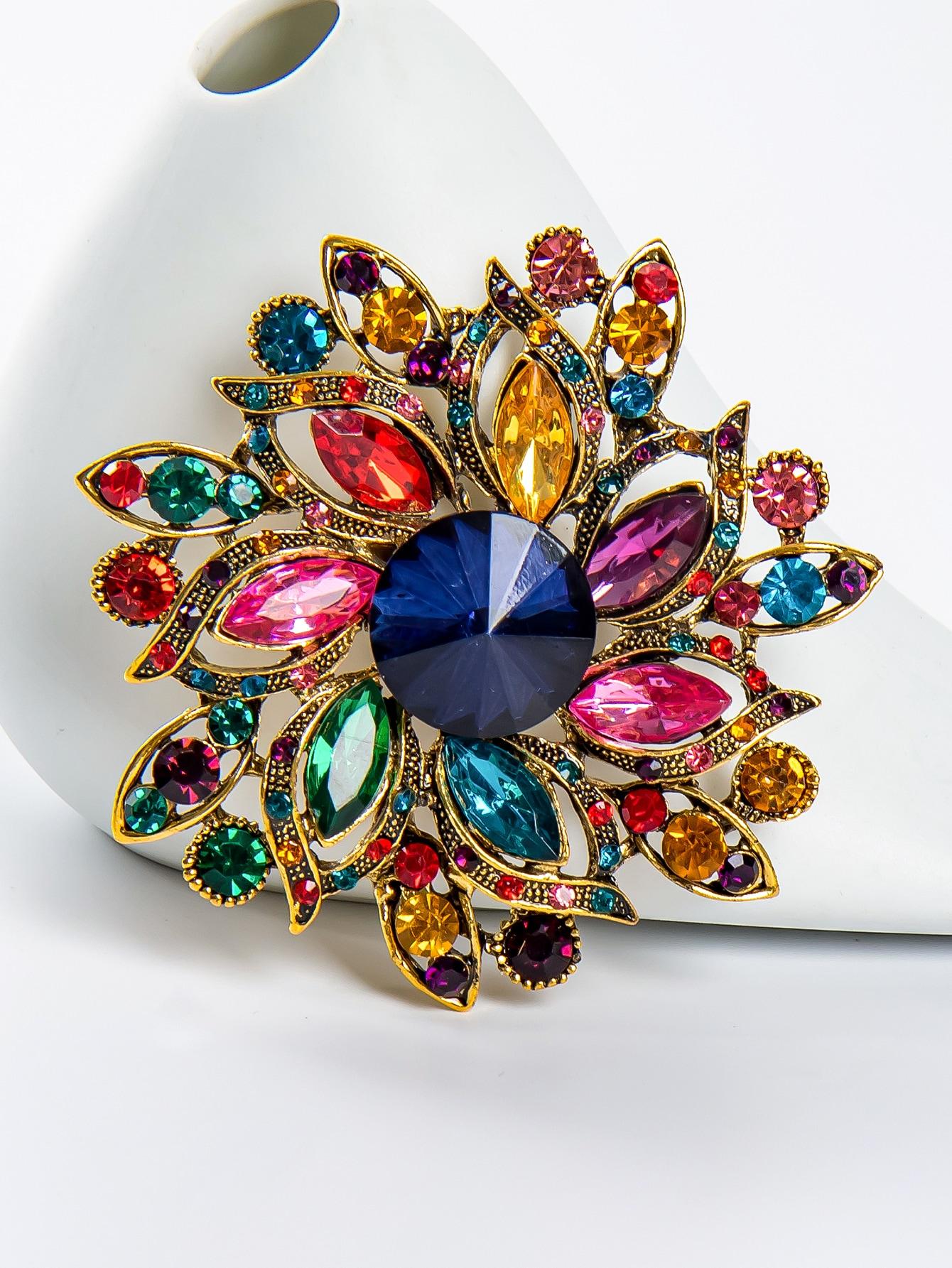 Crystal Flower Design Brooch thumbnail