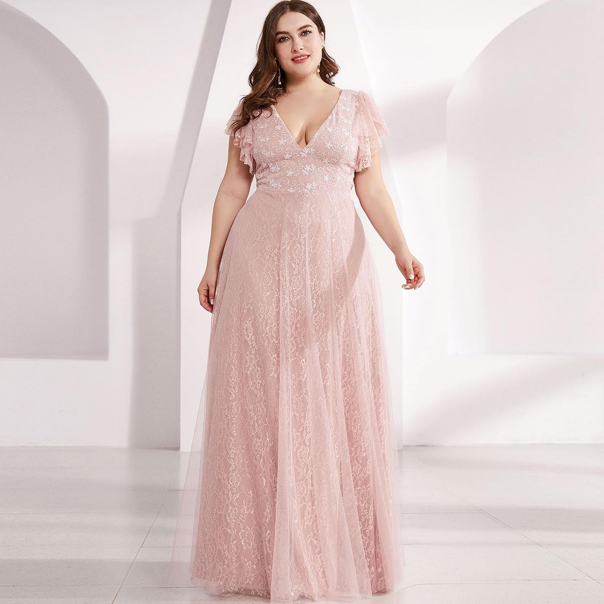 Оригинальное сетчатое и кружевное платье размера плюс