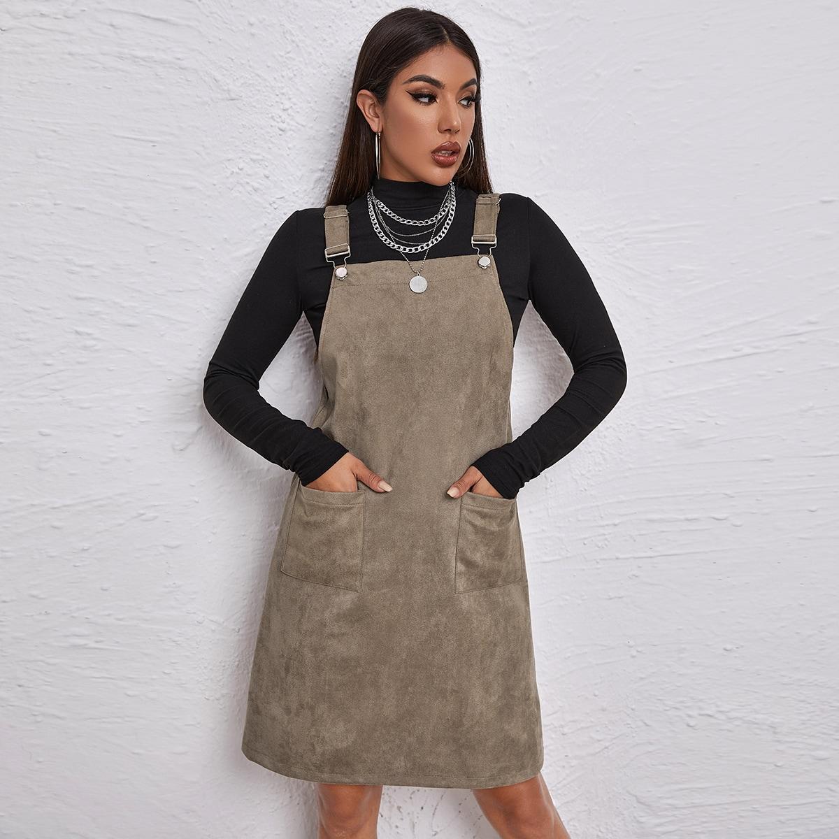 Замшевое платье с карманом