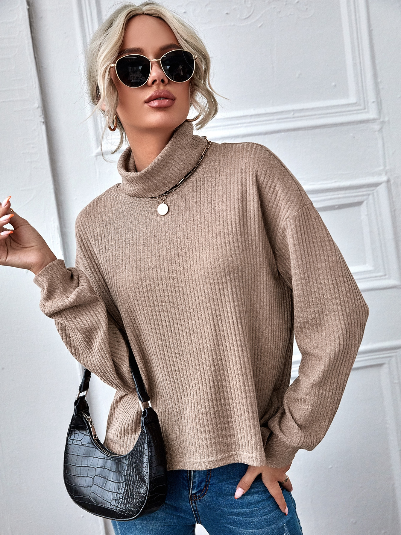 Funnel Neck Solid Rib-knit Top thumbnail