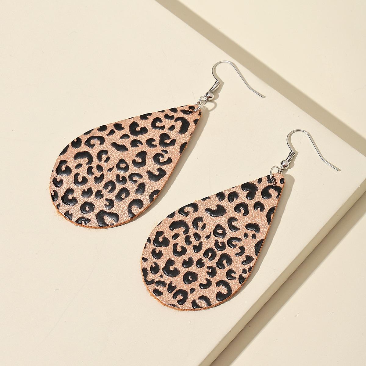 Серьги-подвески с леопардовым рисунком