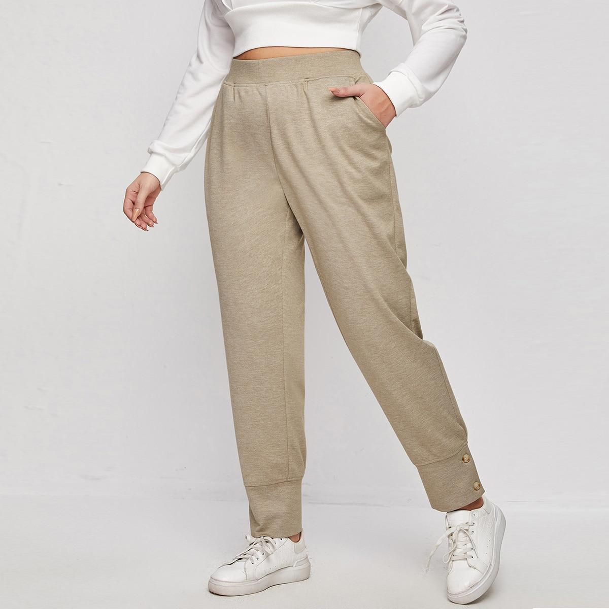 Спортивные брюки размера плюс с эластичной талией и пуговицами