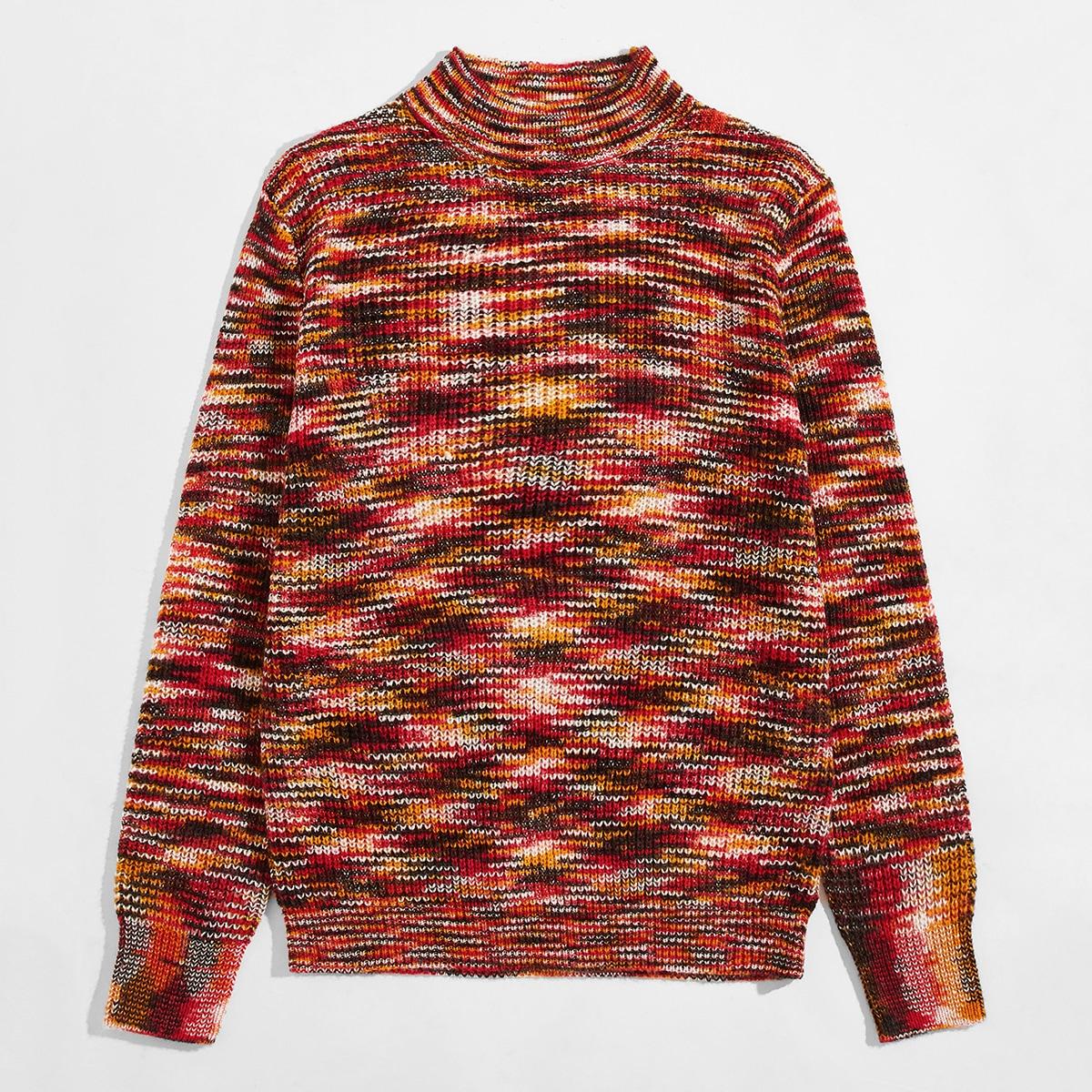 Мужской свитер с воротником-стойкой