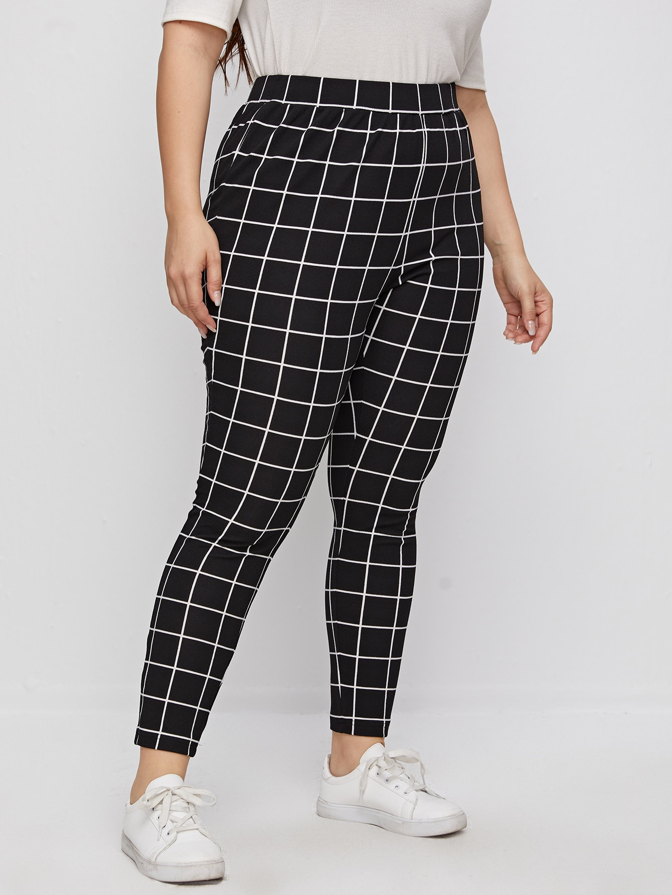 Plus Plaid High Waist Leggings thumbnail