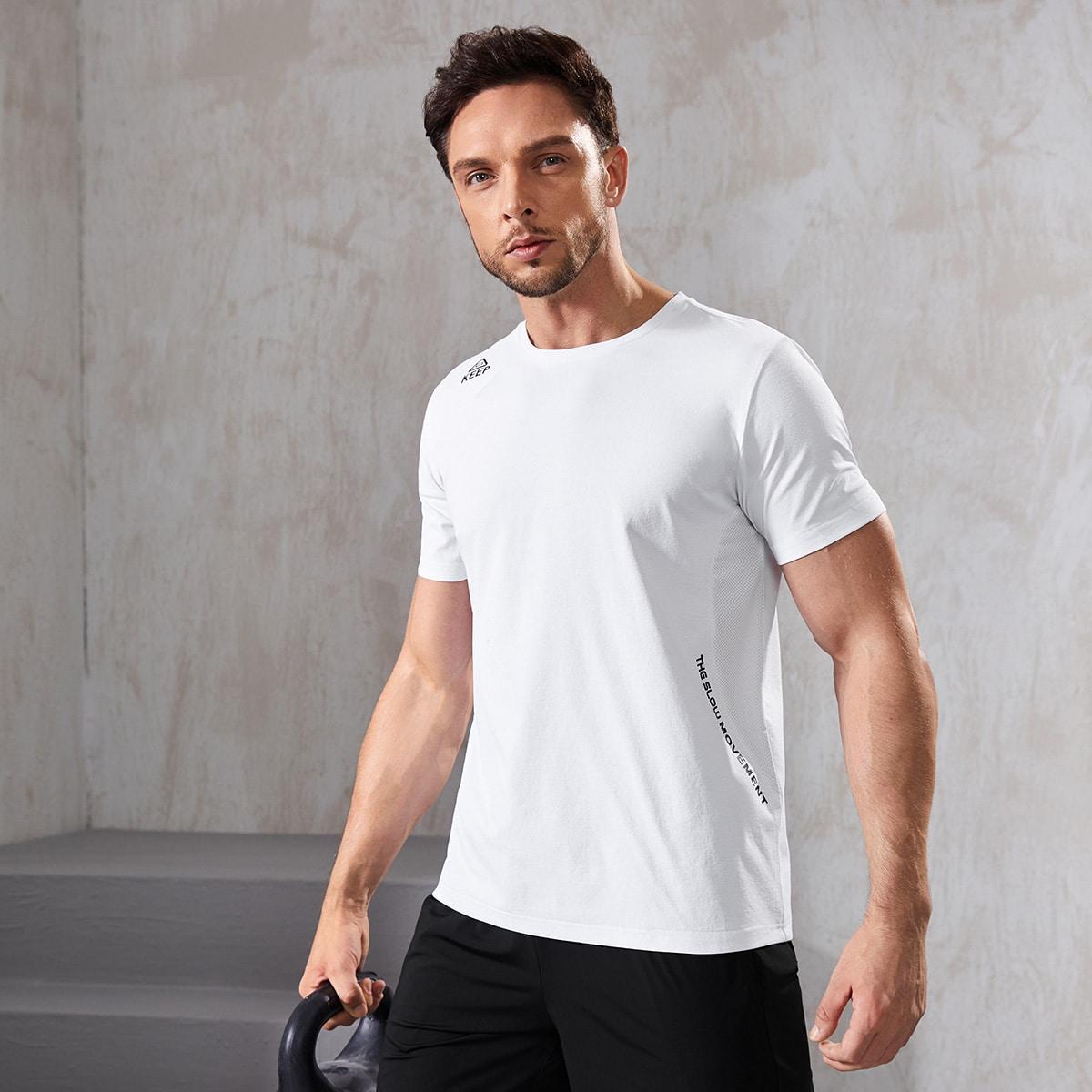 Мужская спортивная футболка с текстовым принтом