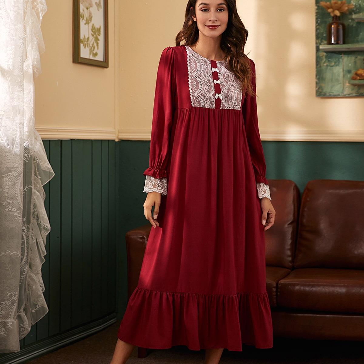 Ночное платье контрастного кружева с оборками и бантом спереди