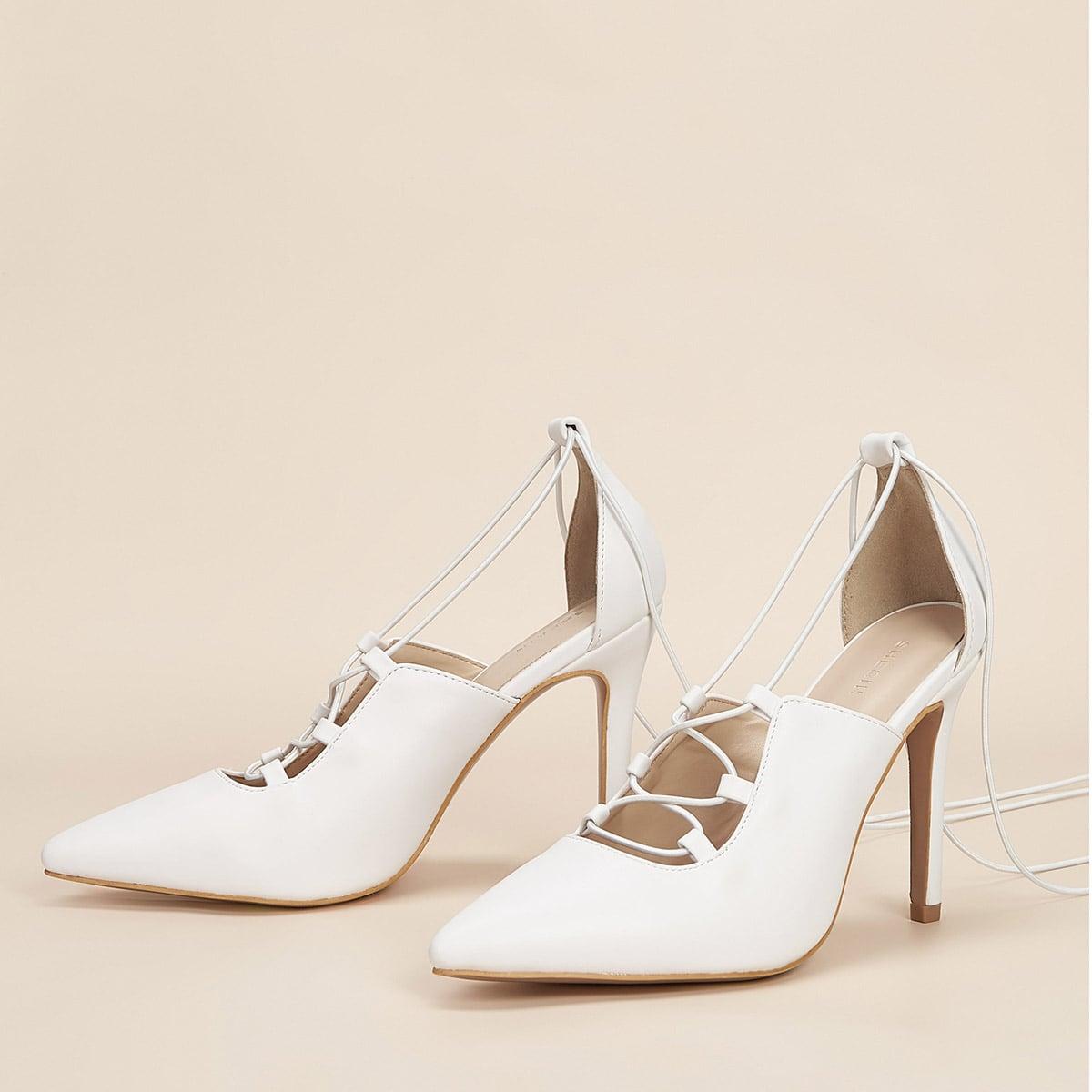 Туфли на шпильках и высоком каблуке
