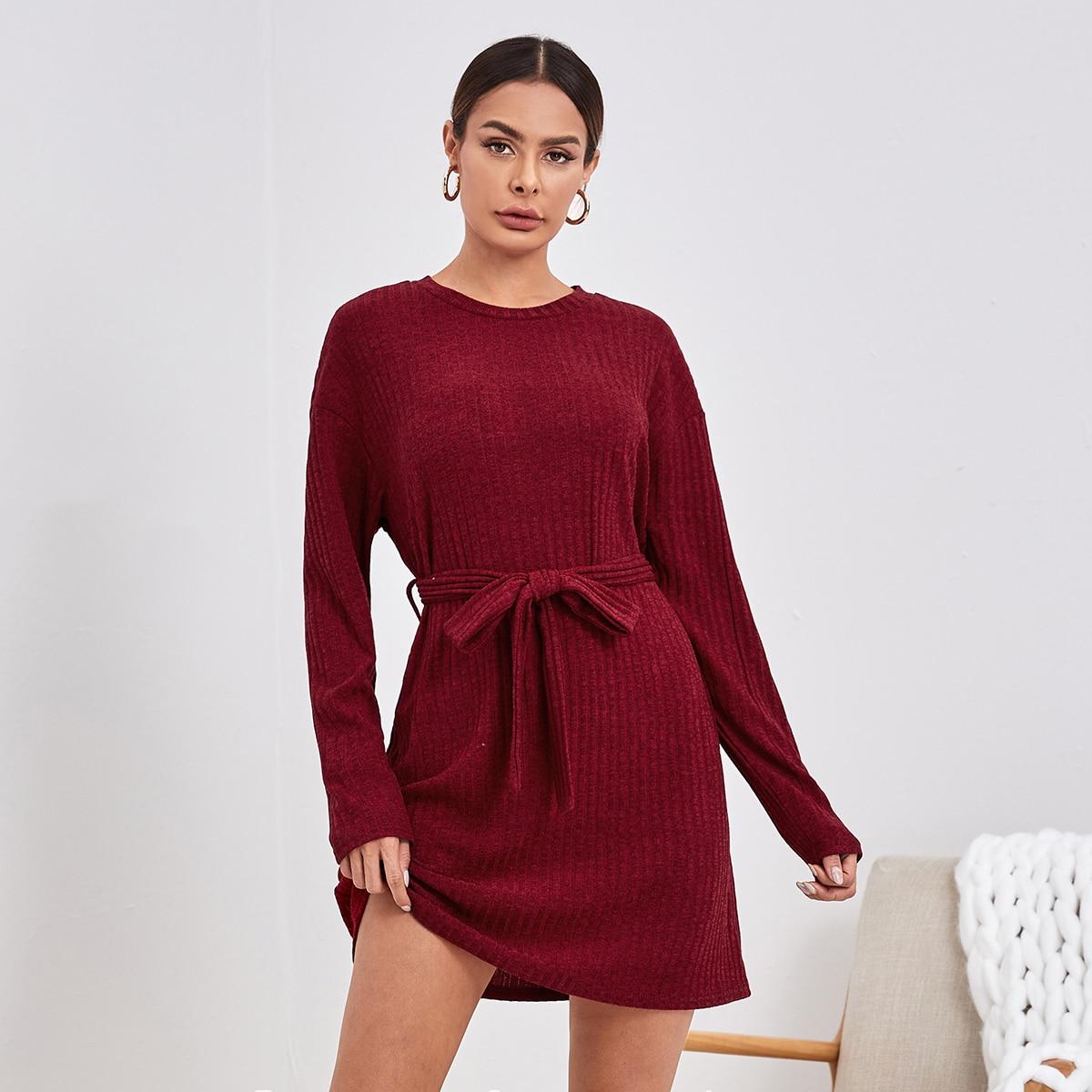 С поясом одноцветный повседневный домашнее платье