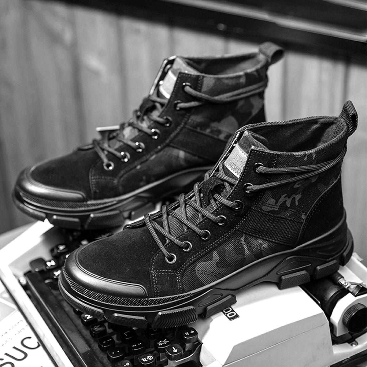 Мужские сапоги на шнурках с камуфляжным принтом
