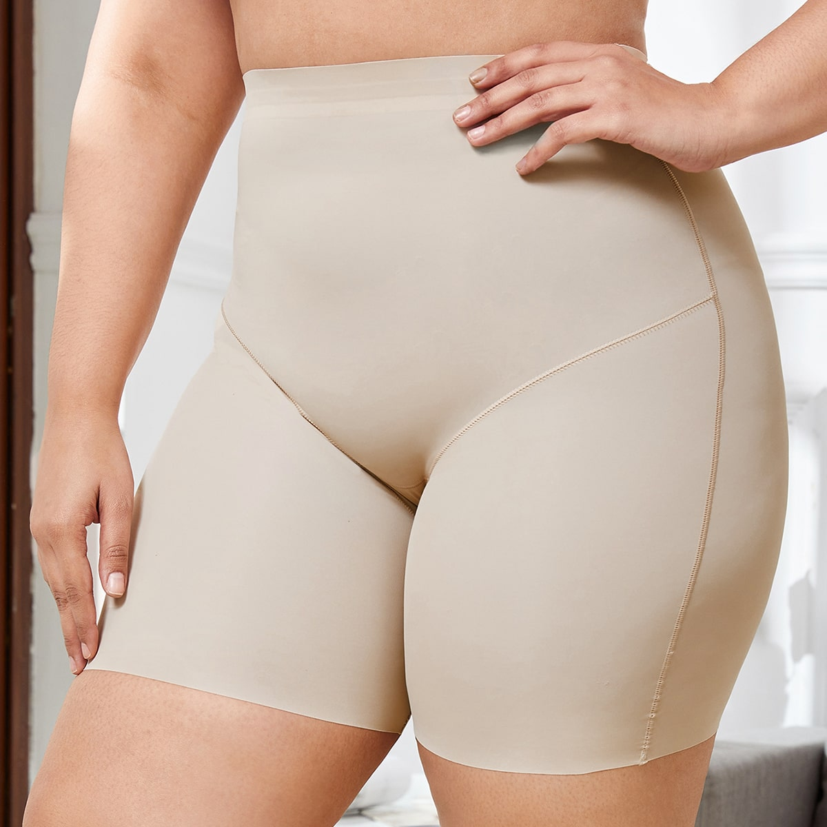 Корректирующие моделирующие шорты размера плюс с высокой