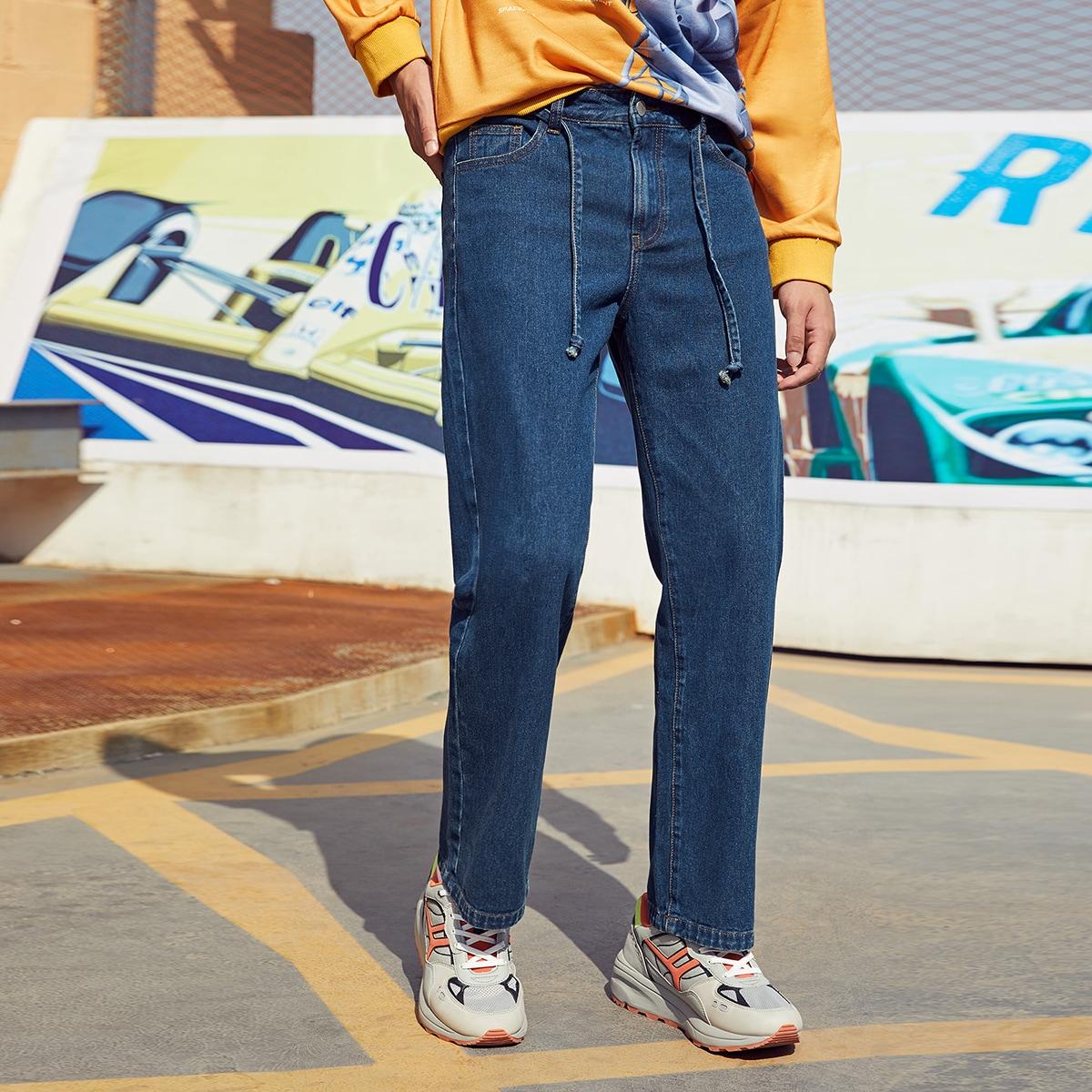 Мужские джинсы с карманом и поясом