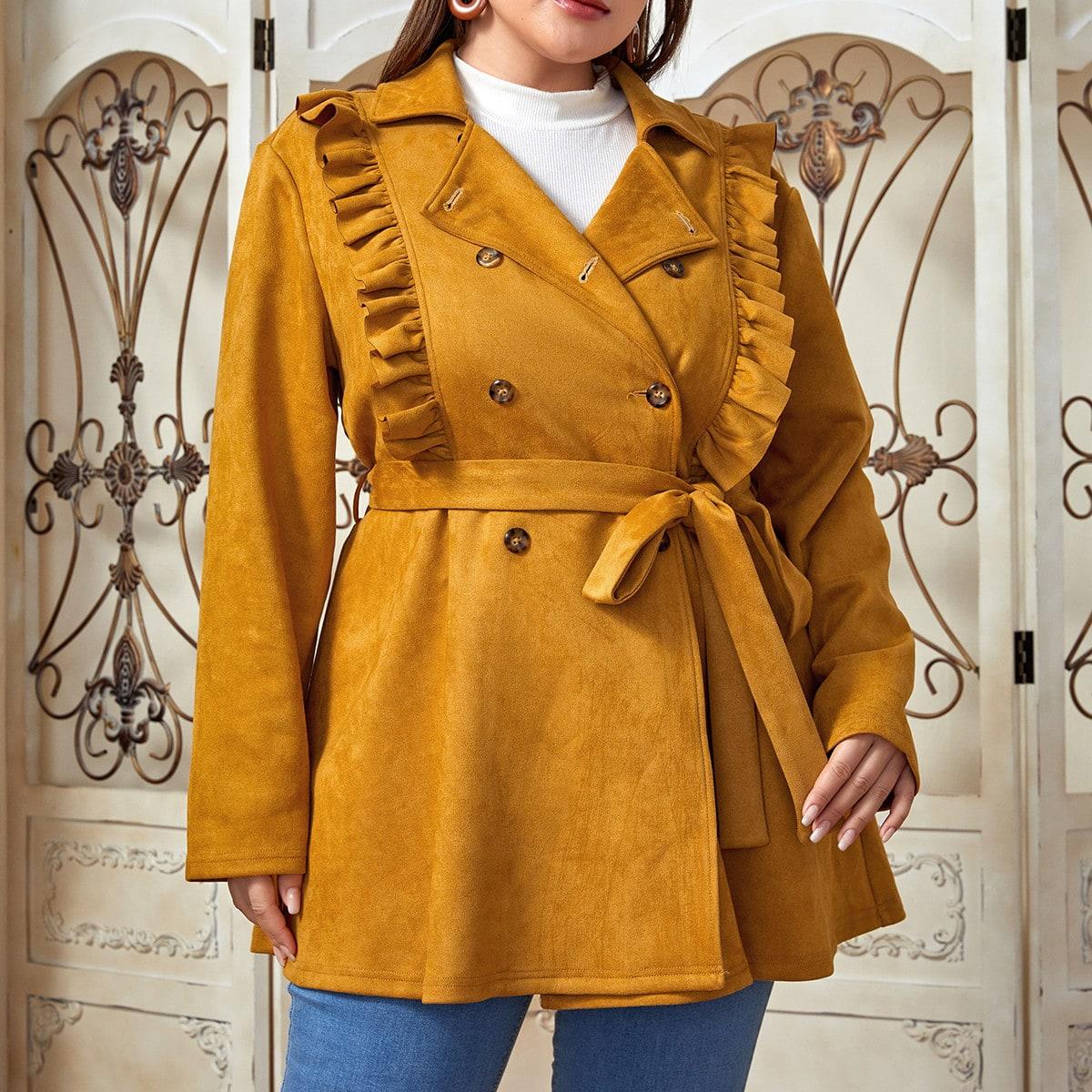 Замшевое пальто размера плюс с поясом