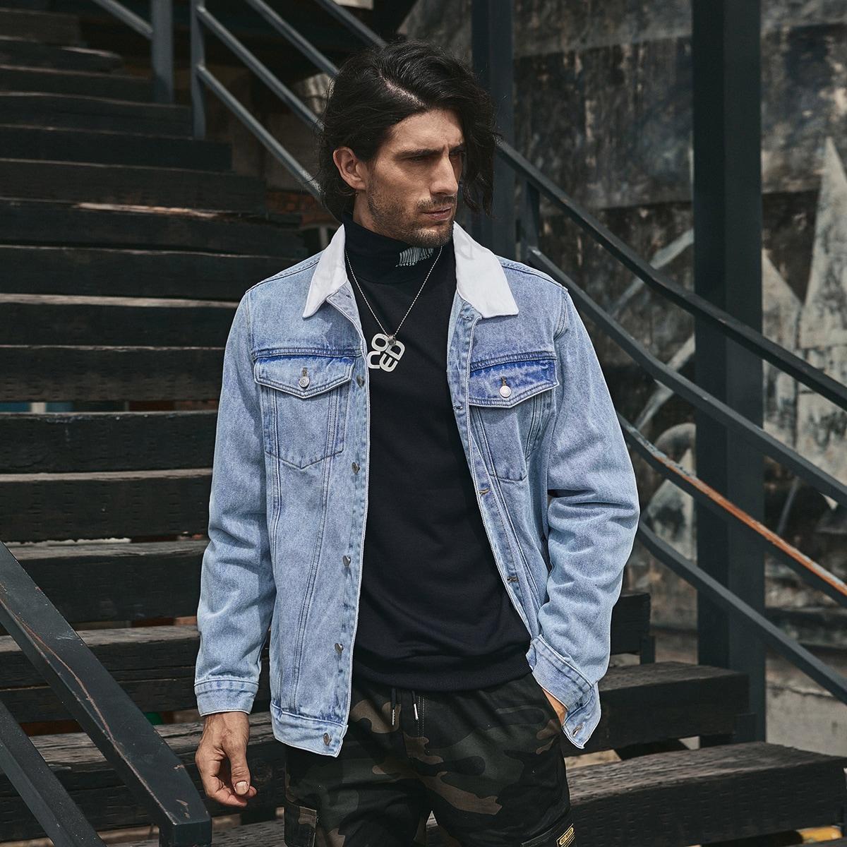 Мужская джинсовая куртка с карманом