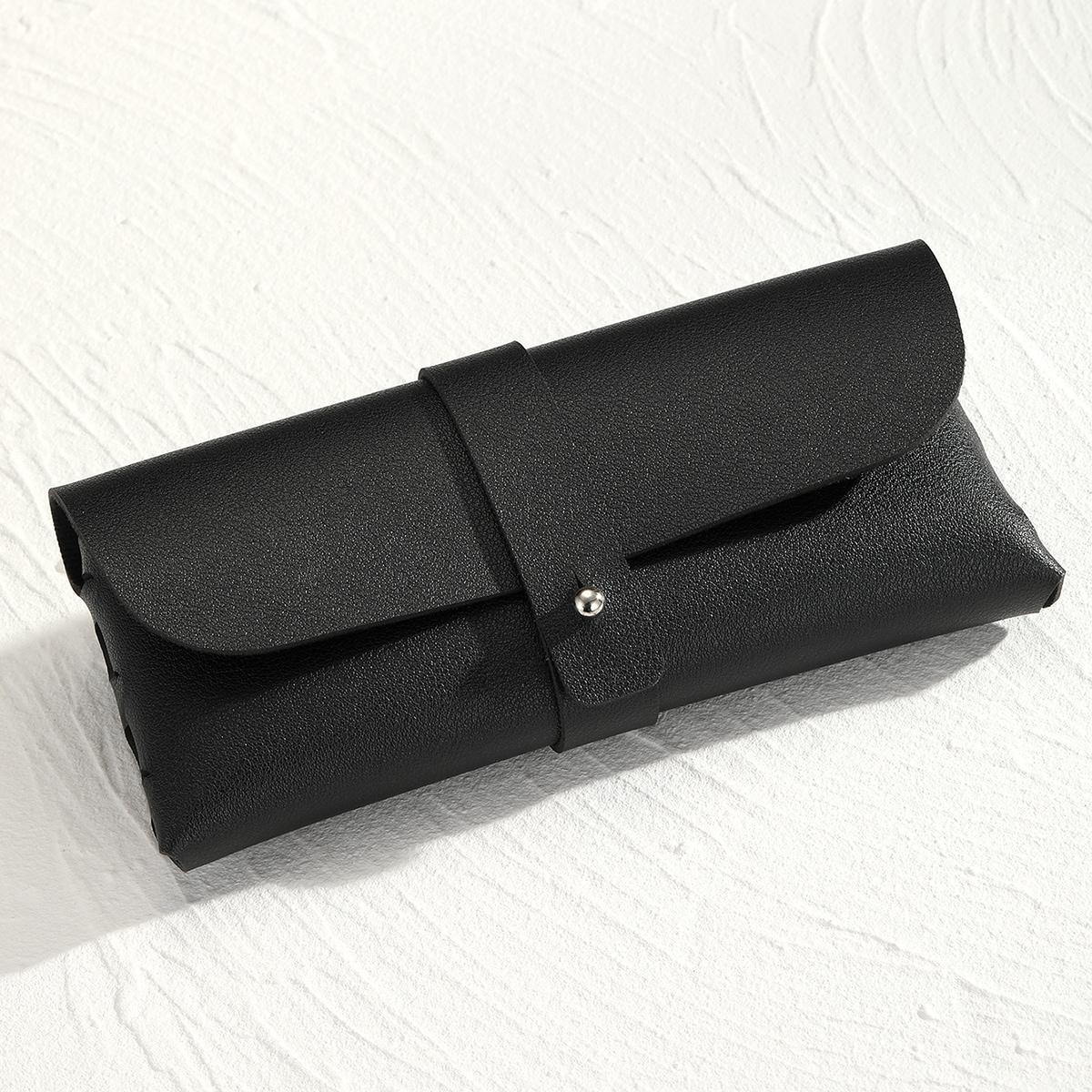 Мужской черный футляр для очков