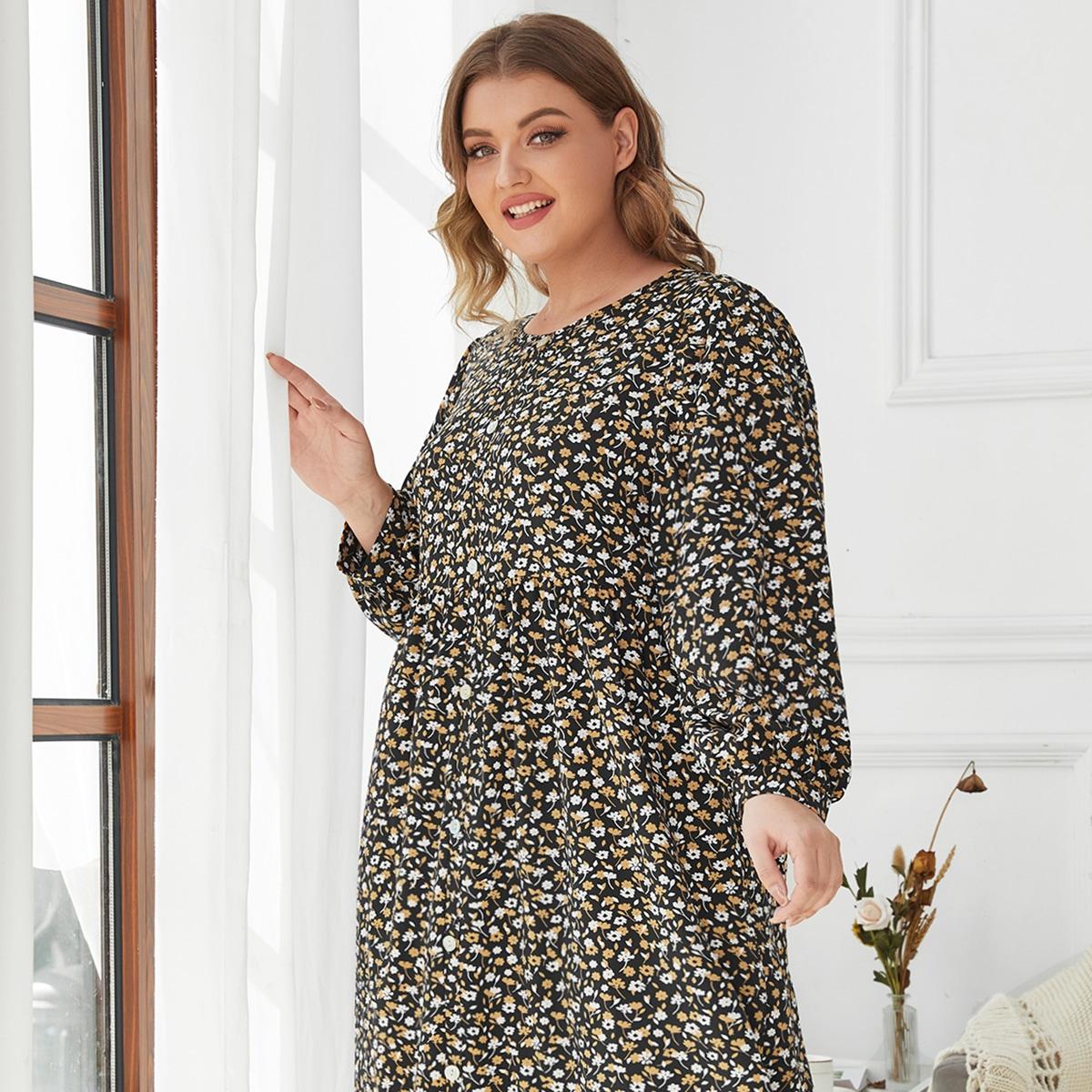 Пижама большого размера с маленьким цветочным узором
