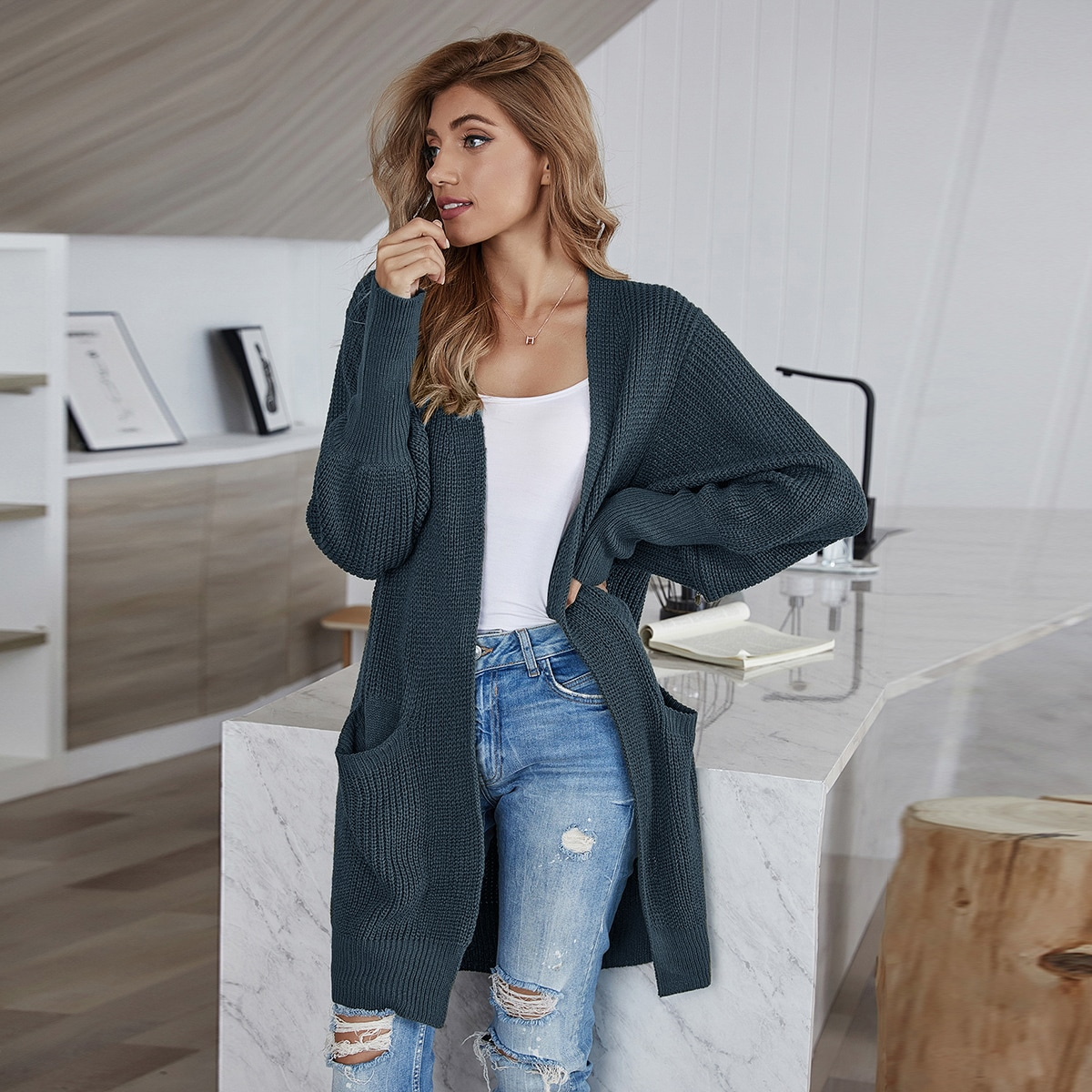 Dual Pocket Batwing Sleeve Solid Cardigan