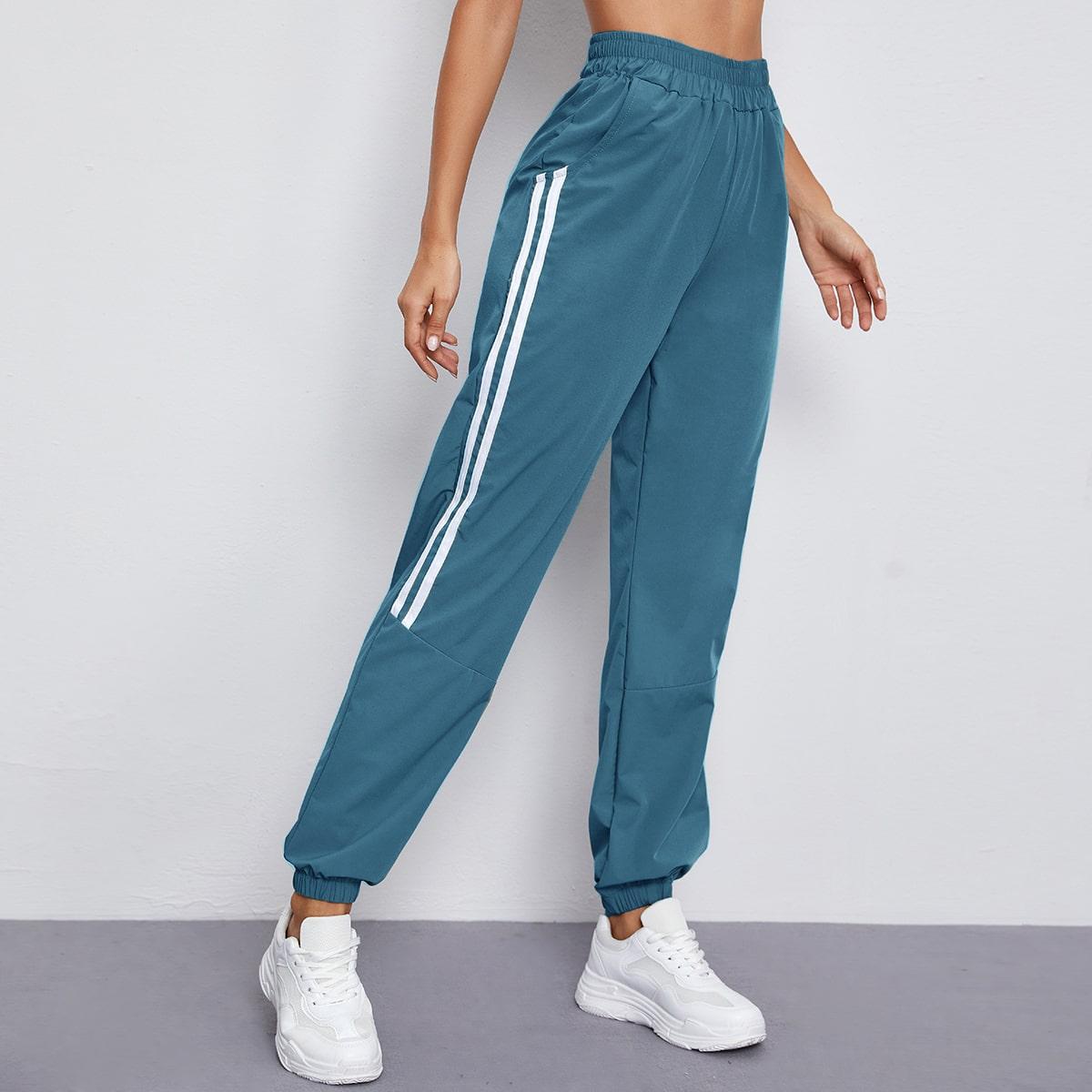 Спортивные брюки с карманом