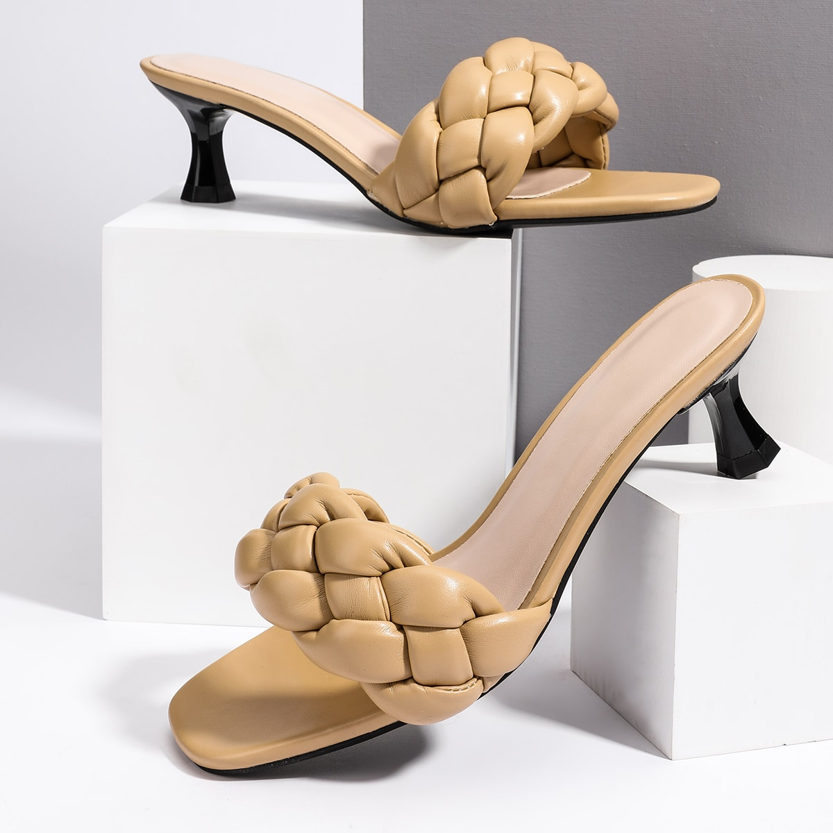 Плетеные мюли на каблуке