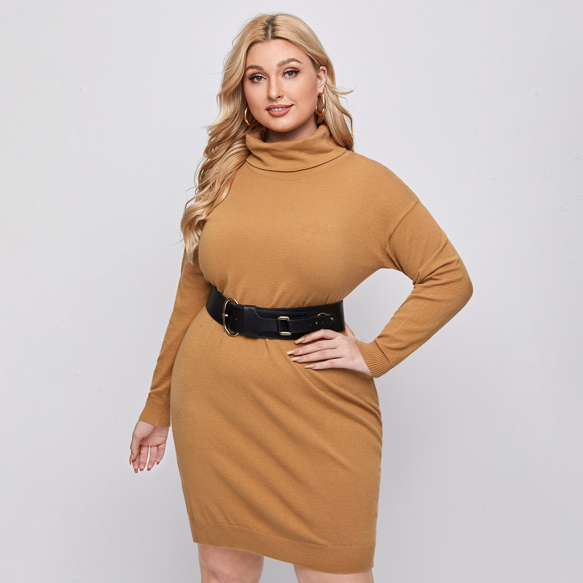 Платье-свитер размера плюс без пояса
