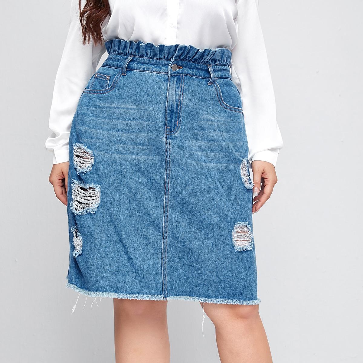 Рваная джинсовая юбка размера плюс с присборенной талией