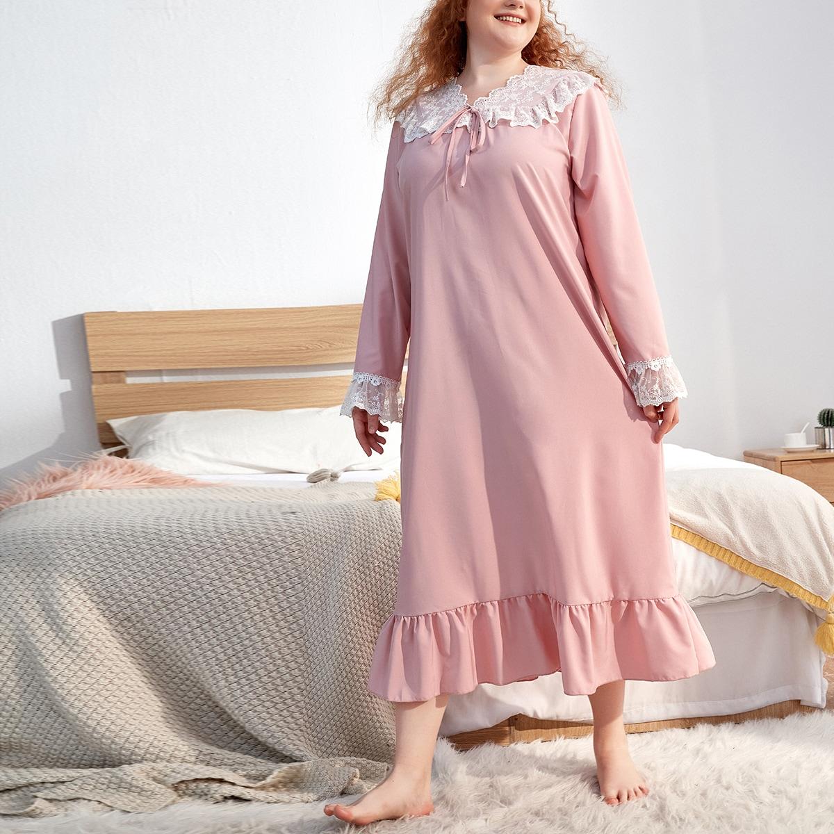 Ночное платье с вышивкой и рюшами на подоле с прорезями