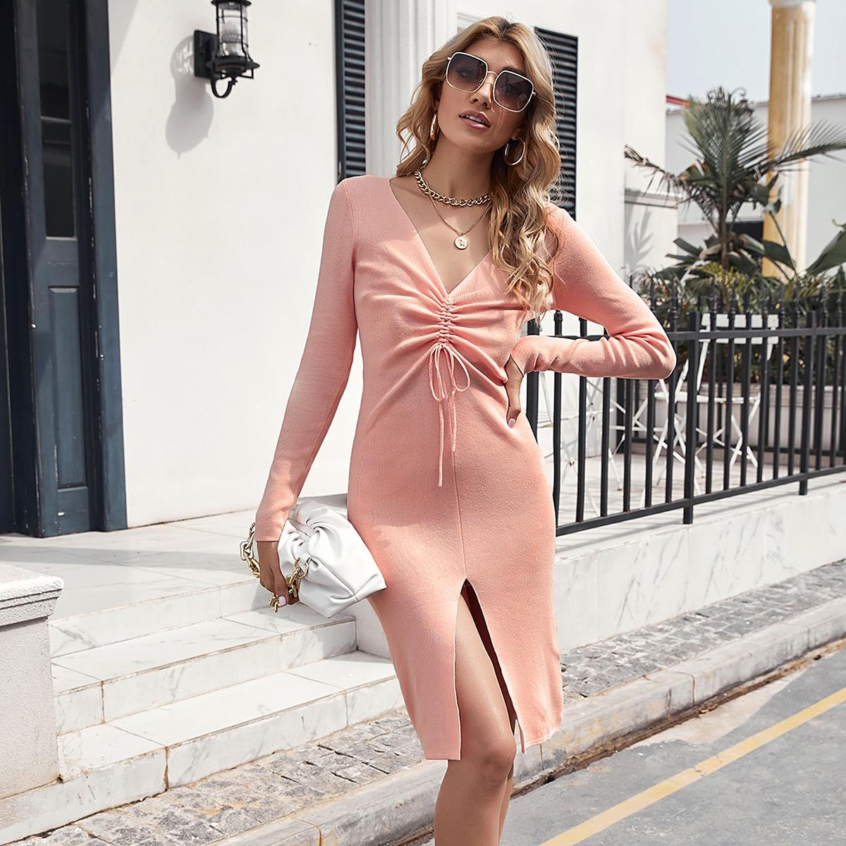Платье-свитер на кулиске со сборкой и разрезом