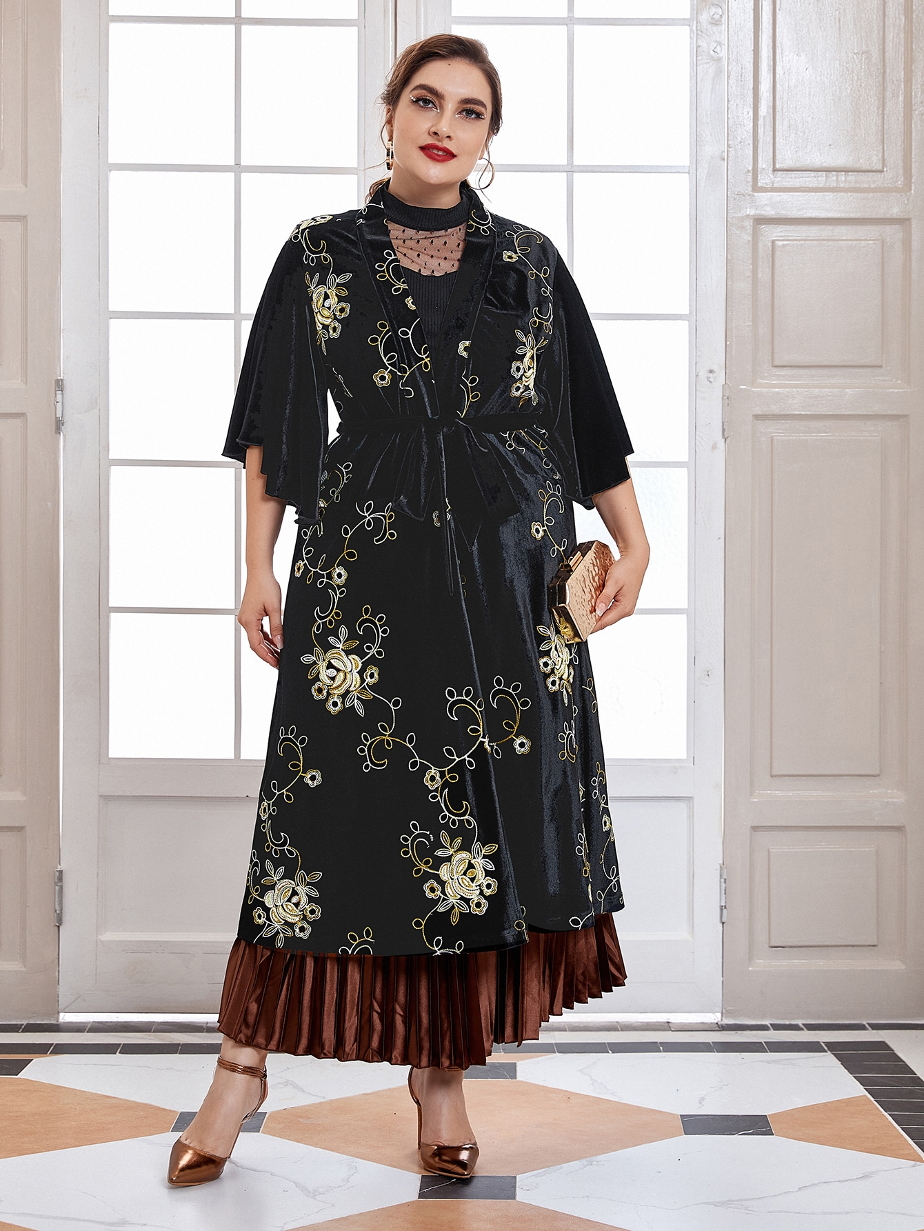 Plus Floral Embroidery Velvet Belted Coat thumbnail