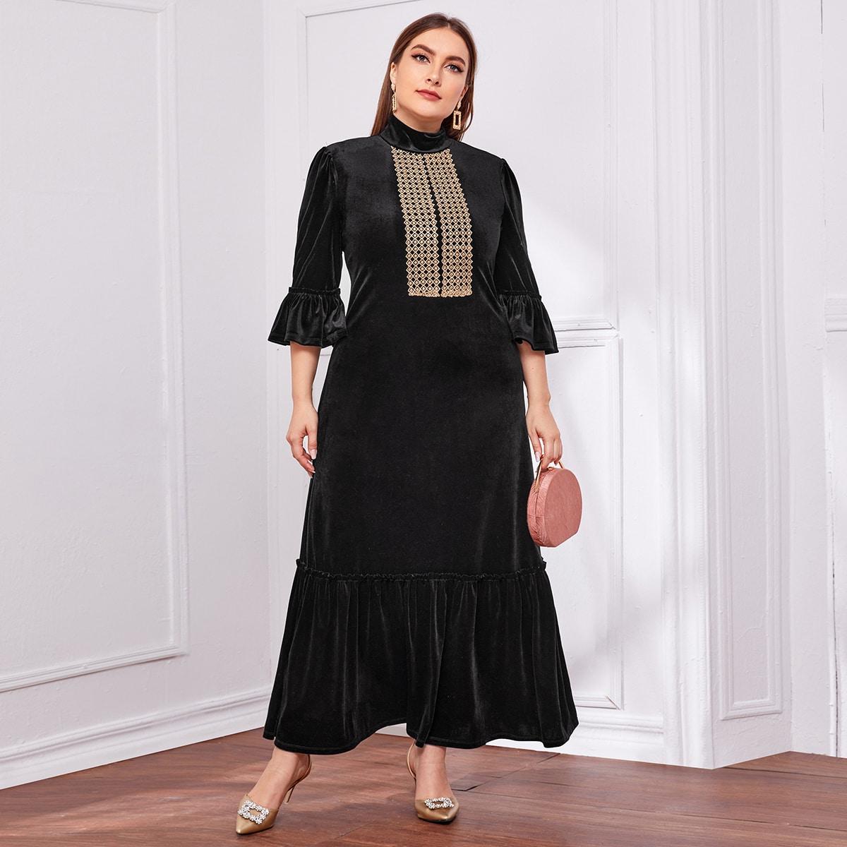 Бархатное платье размера плюс с вышивкой