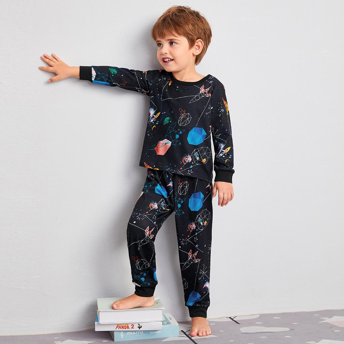 Пижама с контрастной отделкой для мальчиков