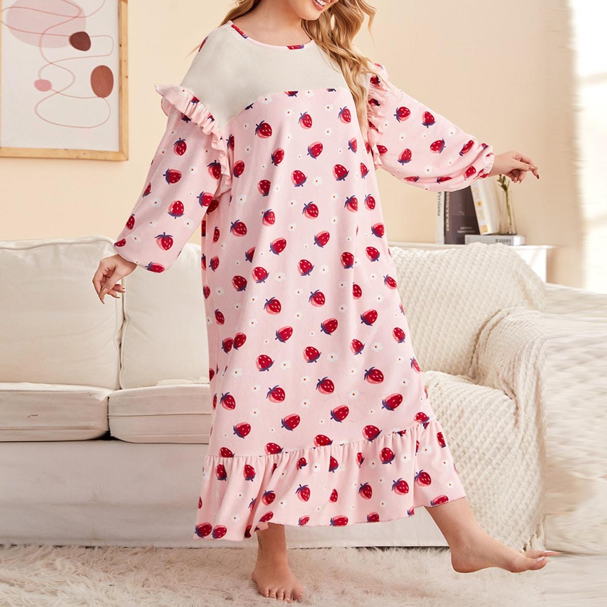 Пижамное платье с клубничным принтом и оборками на подоле