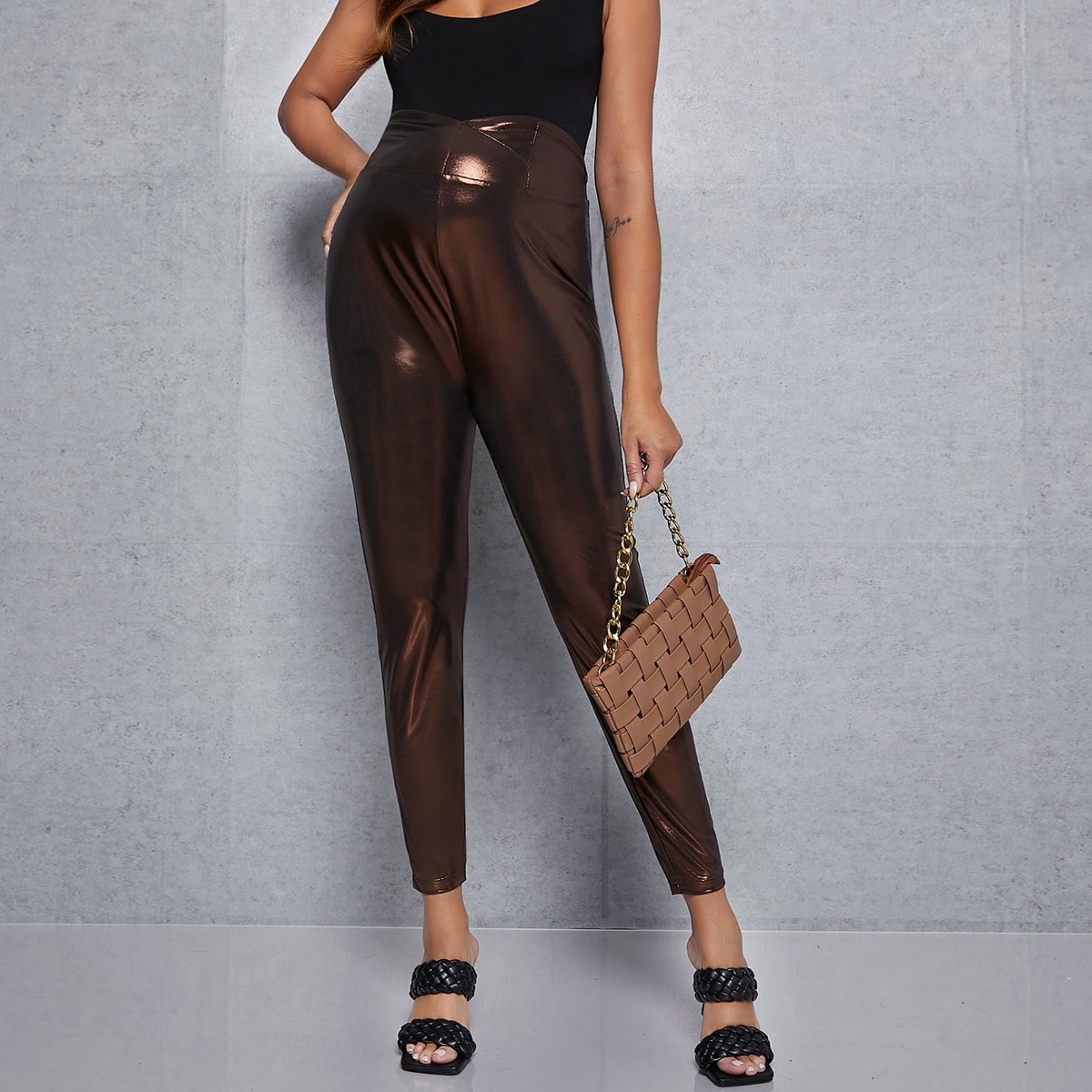 Металлические брюки для беременных с перекрытием на талии