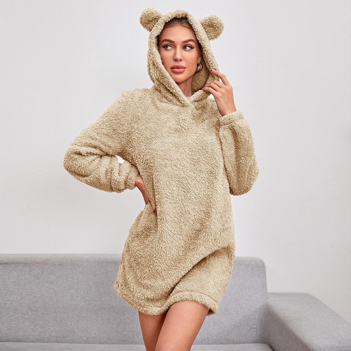 Плюшевое платье-свитшот с капюшоном