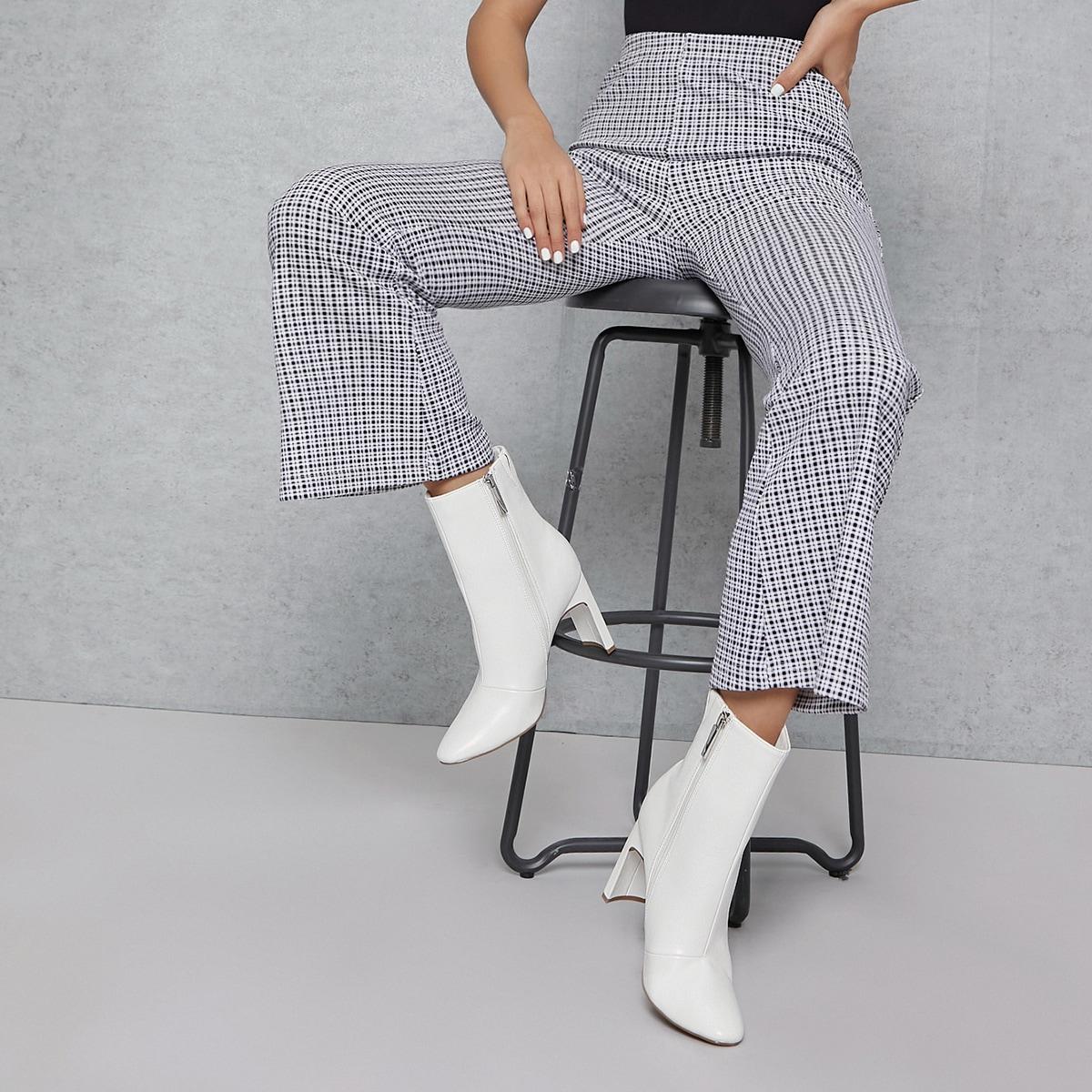 Сапоги на высоком каблуке из искусственной кожи