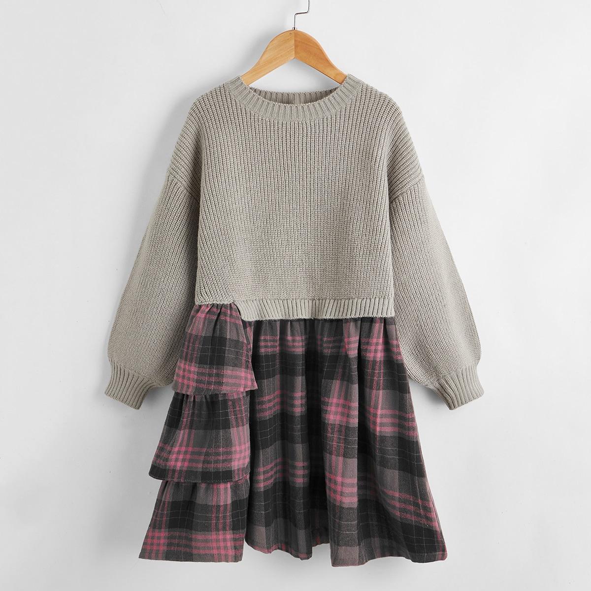 Контрастное платье-свитер в клетку для девочек