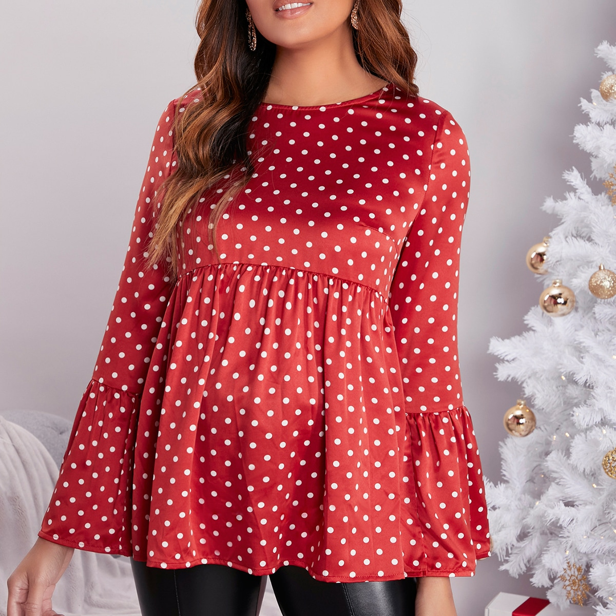 С оборками в горошёк милый блузы для беременных