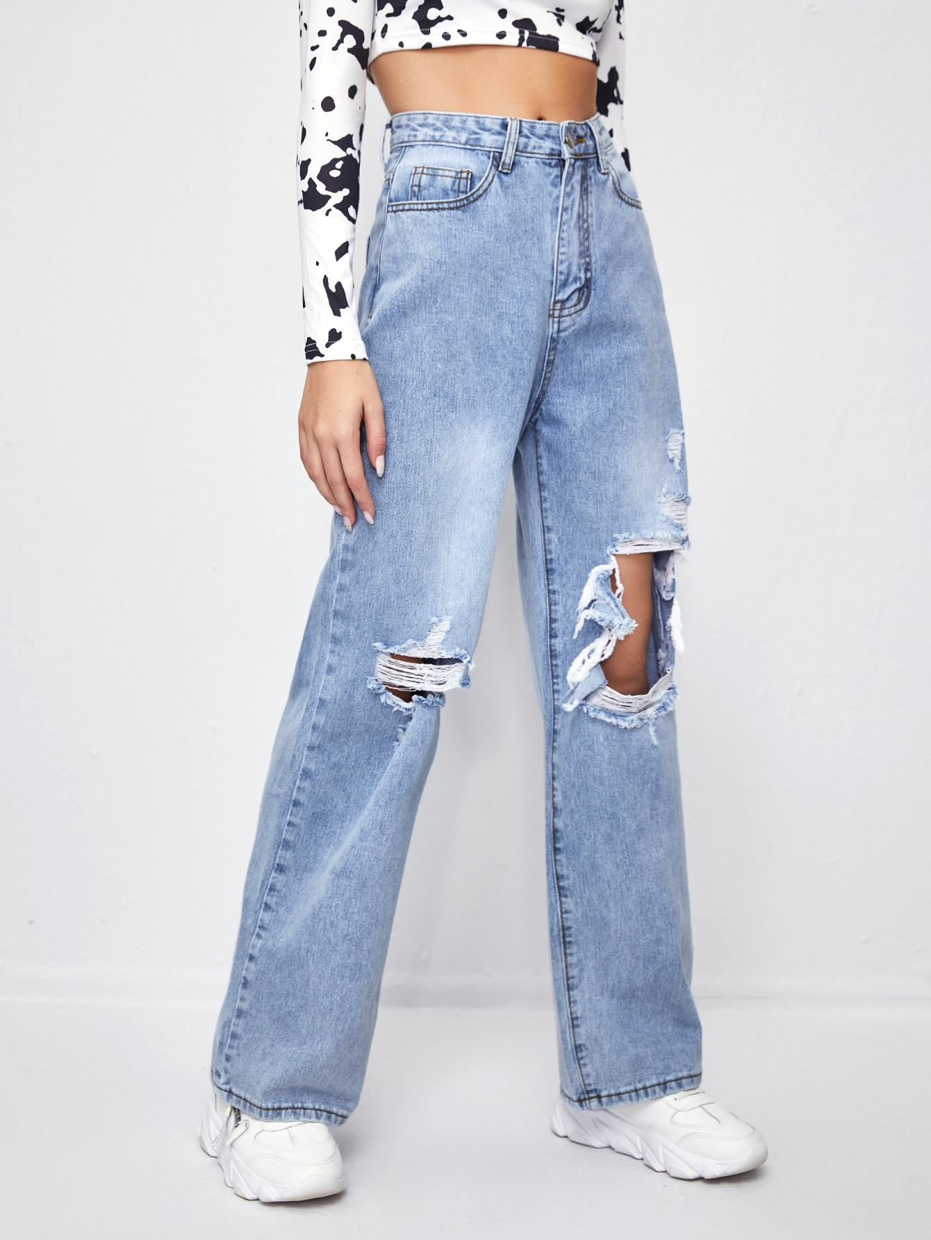 Ripped Washed Straight Leg Jeans thumbnail