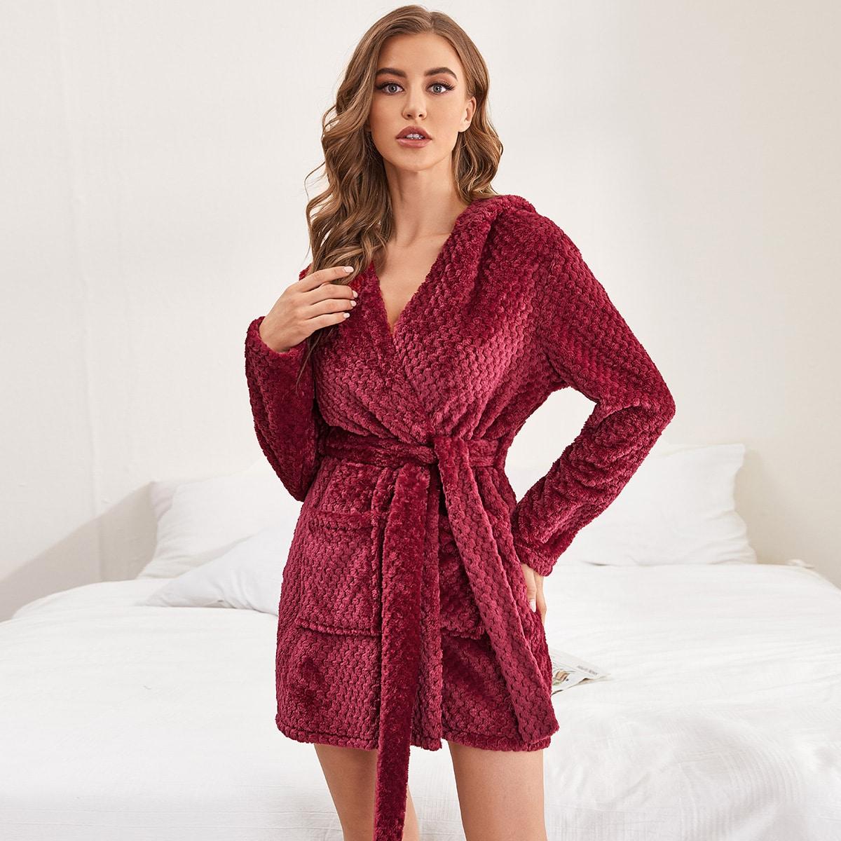 С карманами одноцветный милый халат