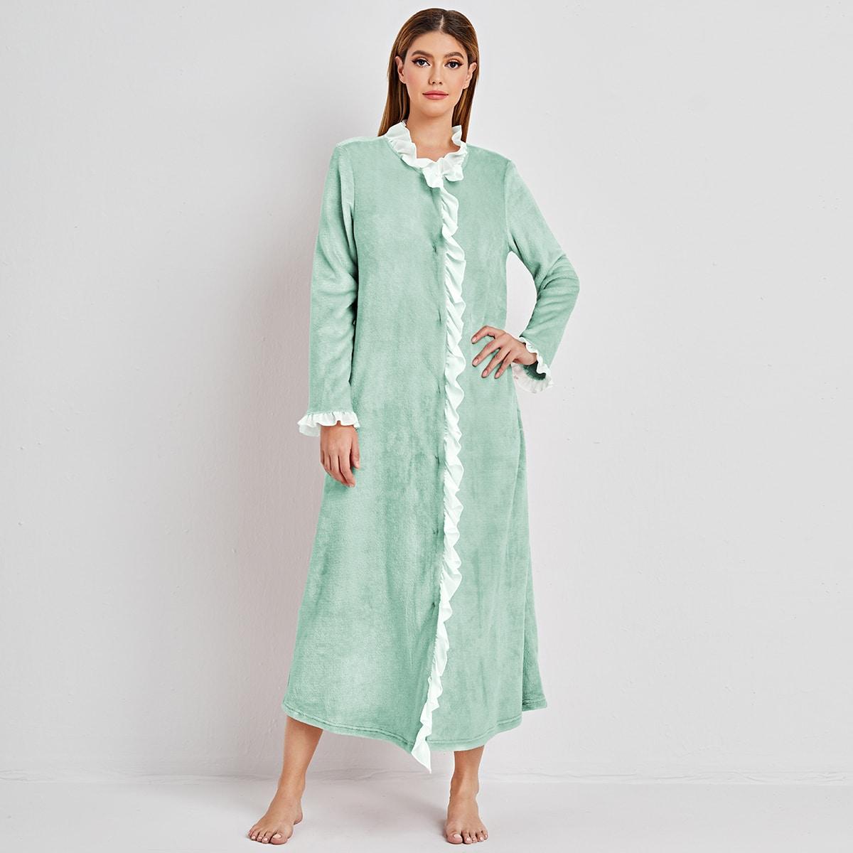 Фланелевый халат с оборкой