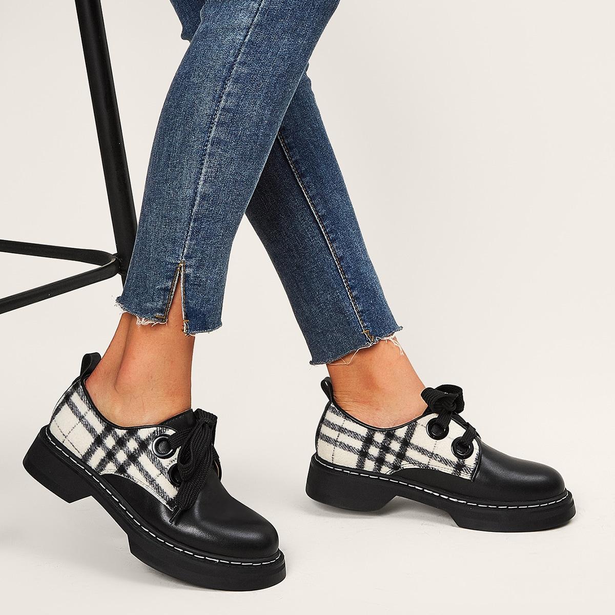 Туфли дерби в клетку на шнурках