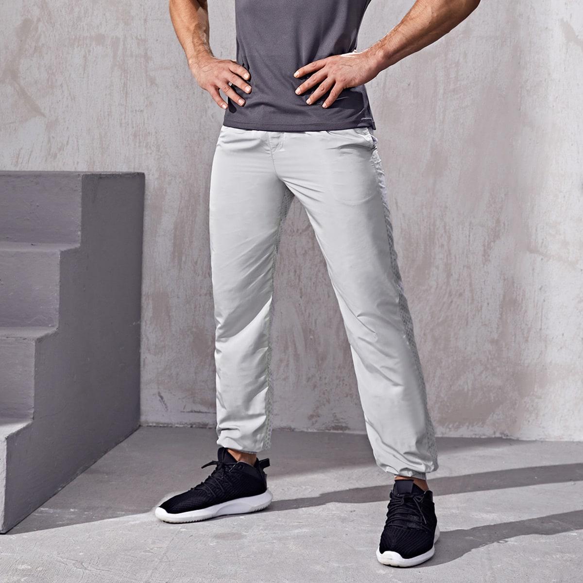 Мужские спортивные брюки-ветровка с геометрическим рисунком