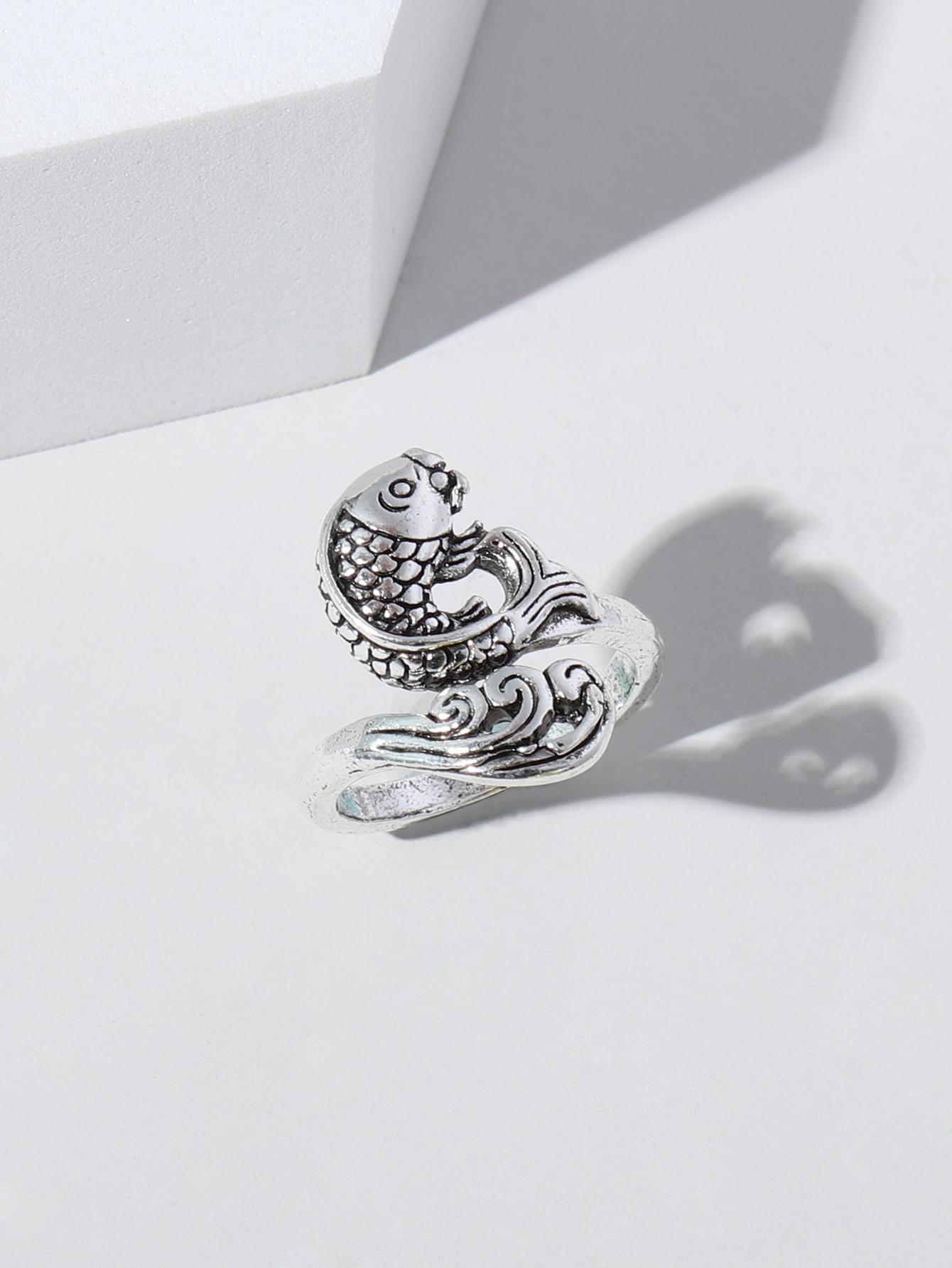 Fish Detail Cuff Ring thumbnail
