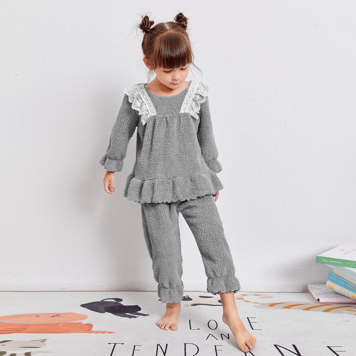 Плюшевая пижама с кружевной отделкой и оборкой для девочек