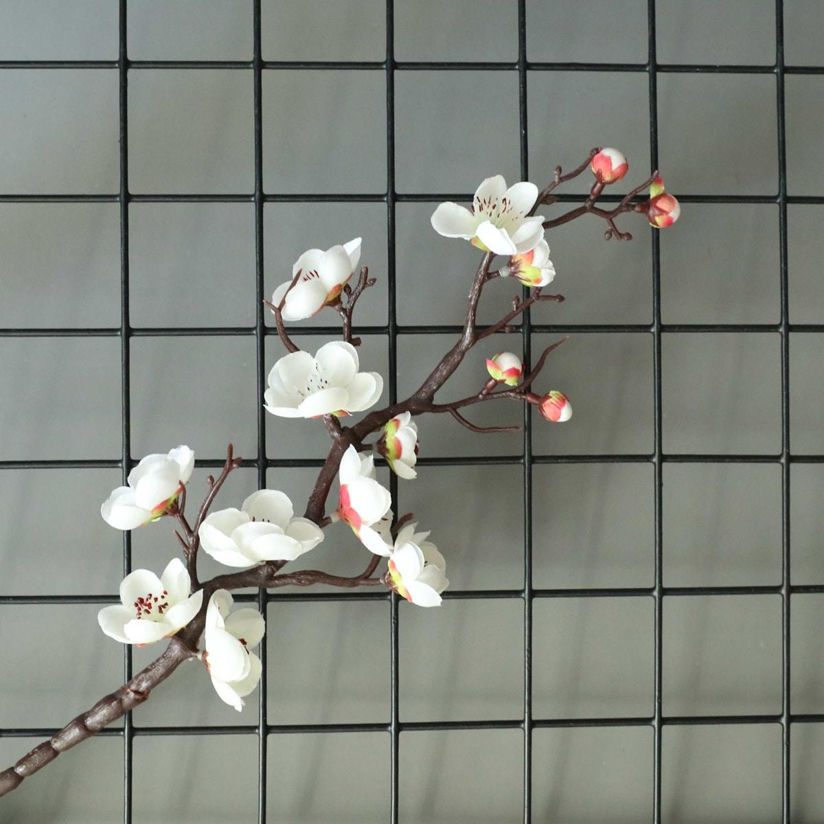 1 Zweig Künstliche Pflaumenblüte