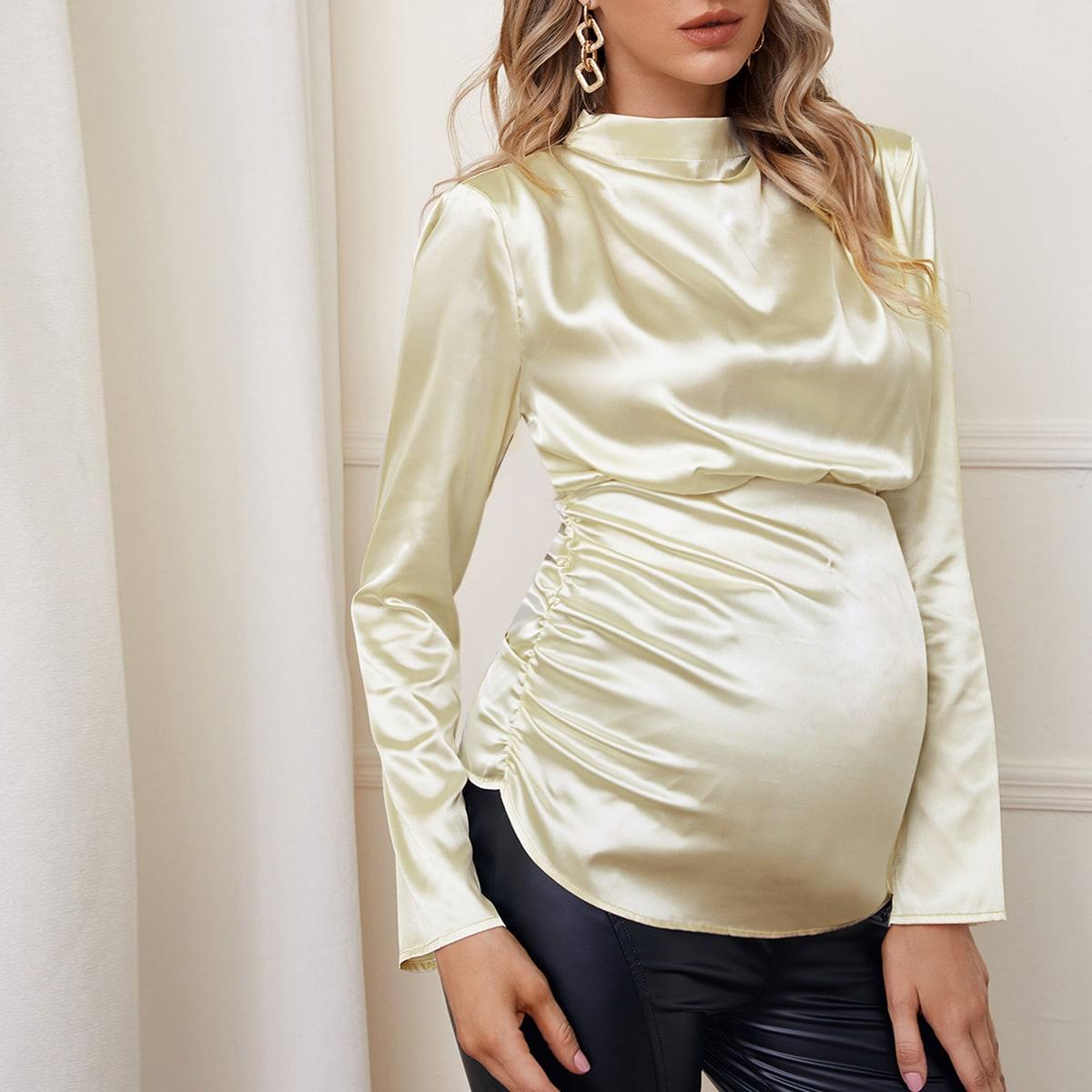 Атласный топ со сборкой и воротником-стойкой для беременных