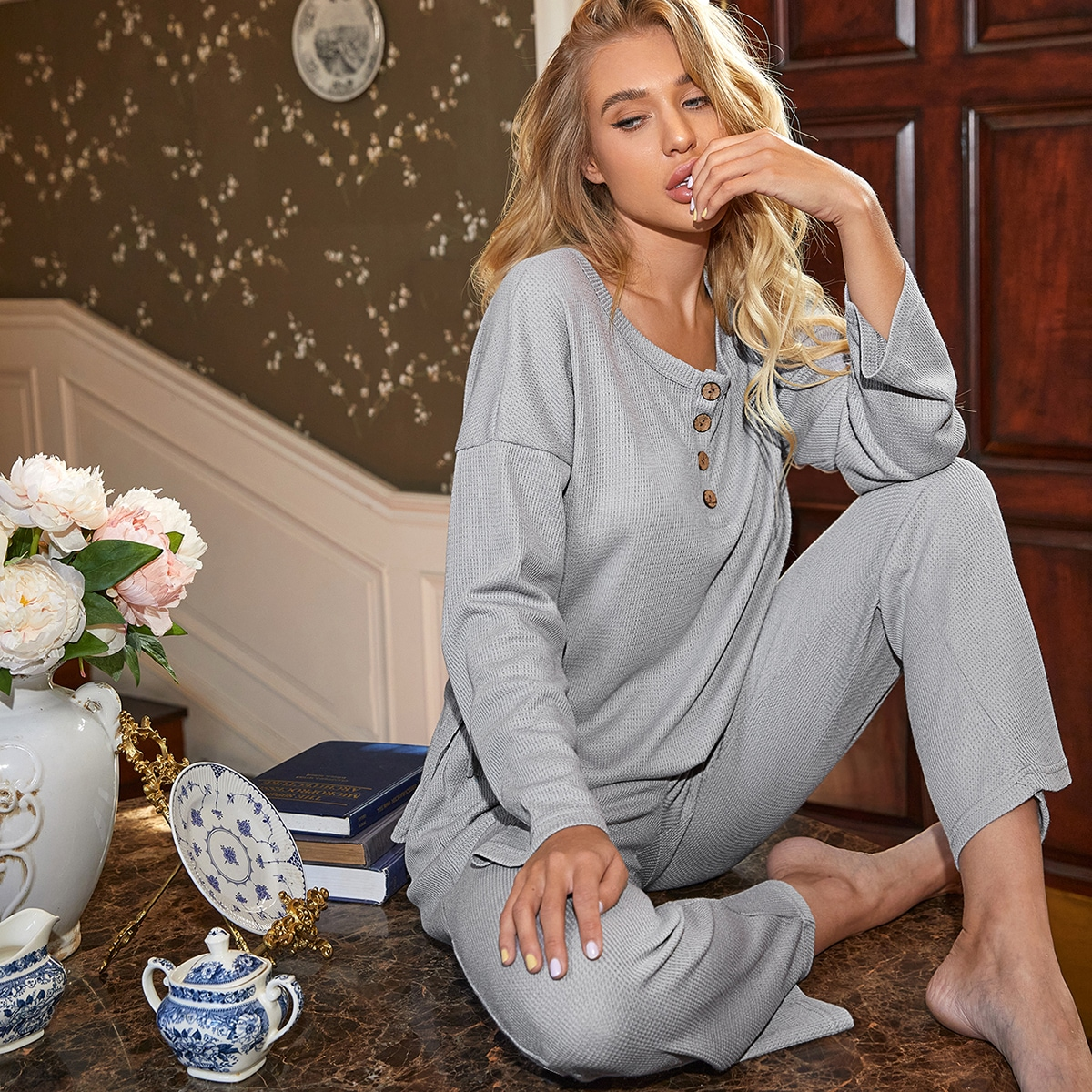 Вязаная пижама с пуговицами