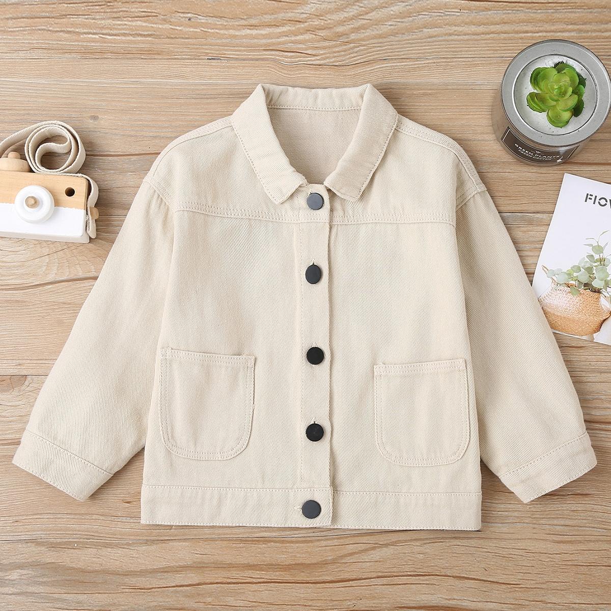 Джинсовая куртка с рисунком маленькой девочки
