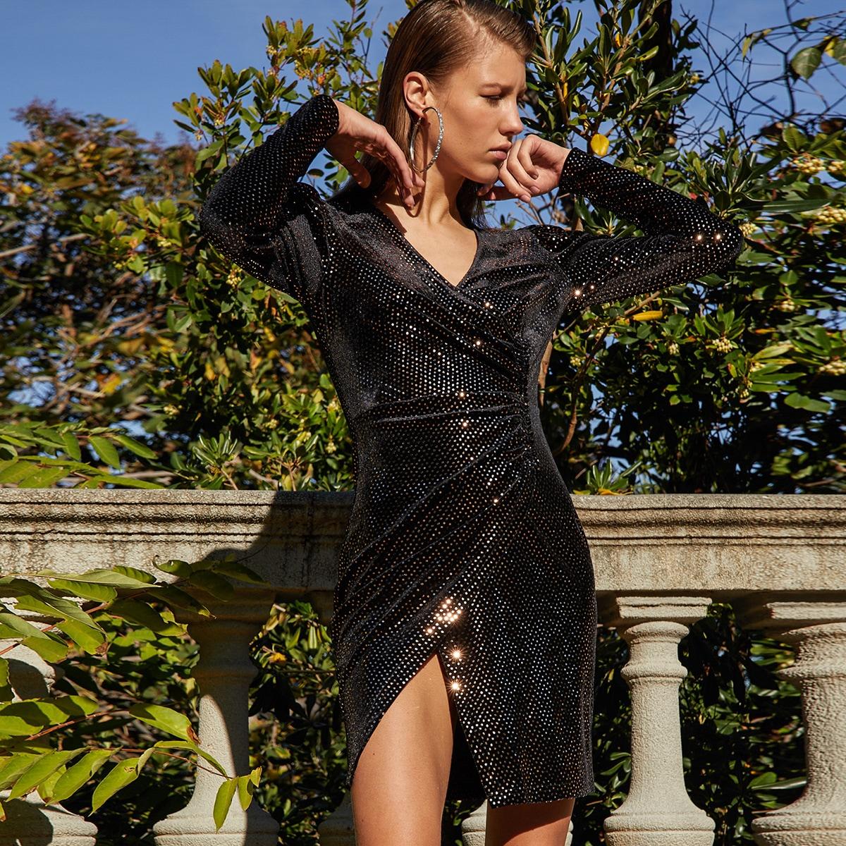 Блестящее платье с запахом